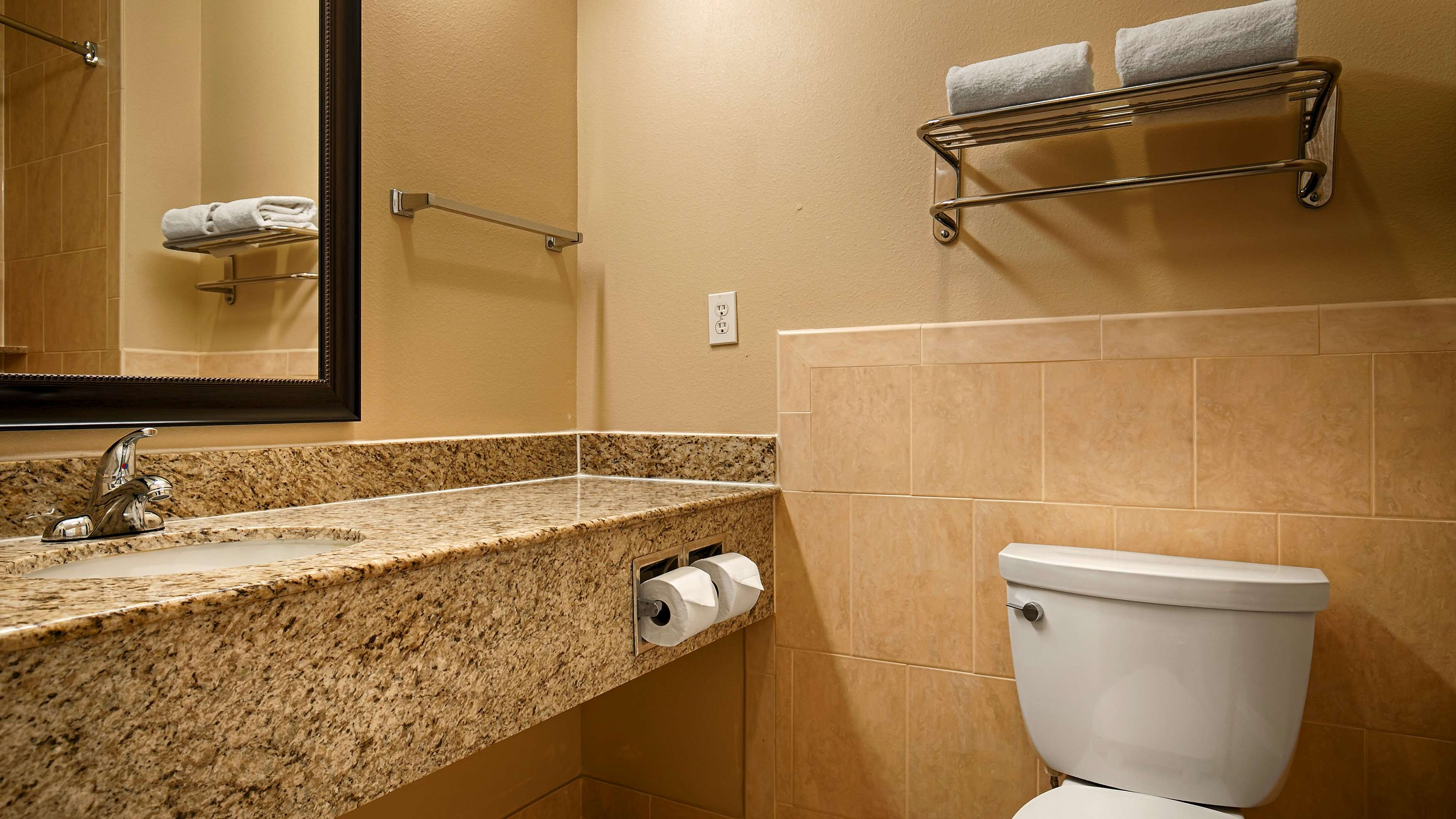 Best Western Sugarland Inn image 47