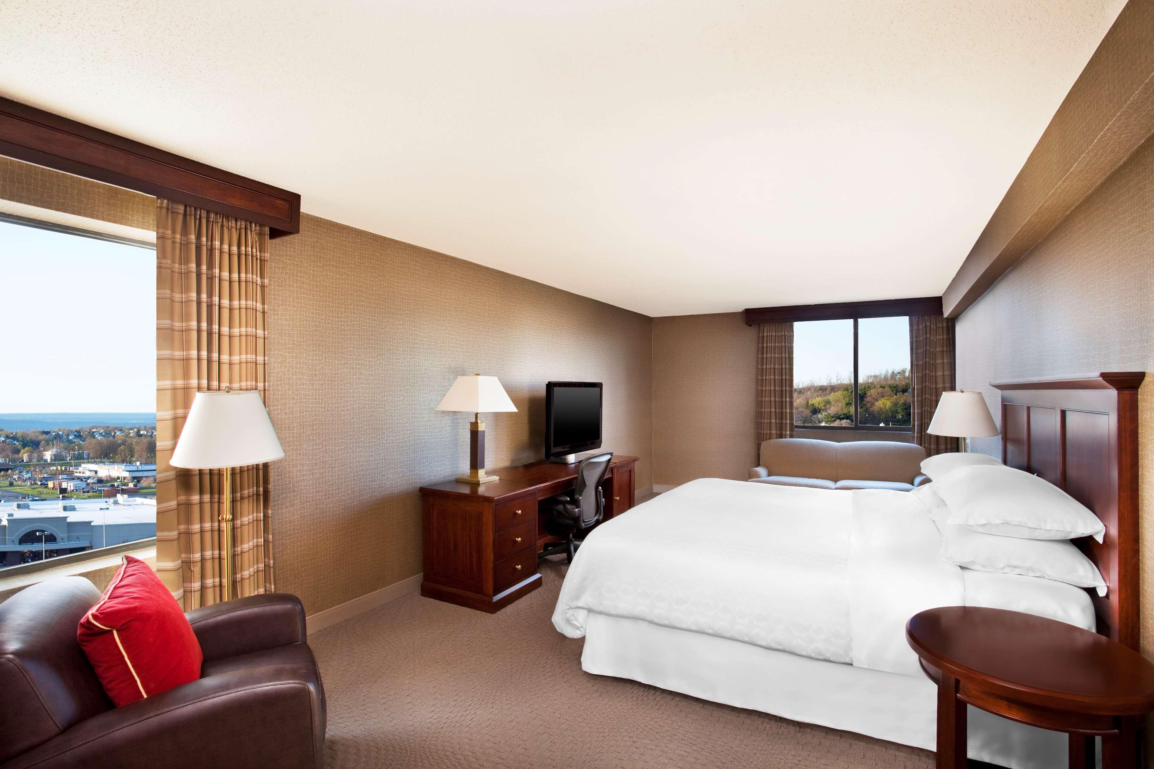 Sheraton Harrisburg Hershey Hotel image 6
