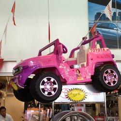 Toyota of Alvin image 2