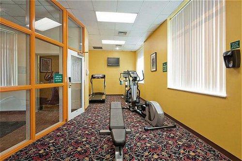 Holiday Inn University Plaza-Bowling Green image 3