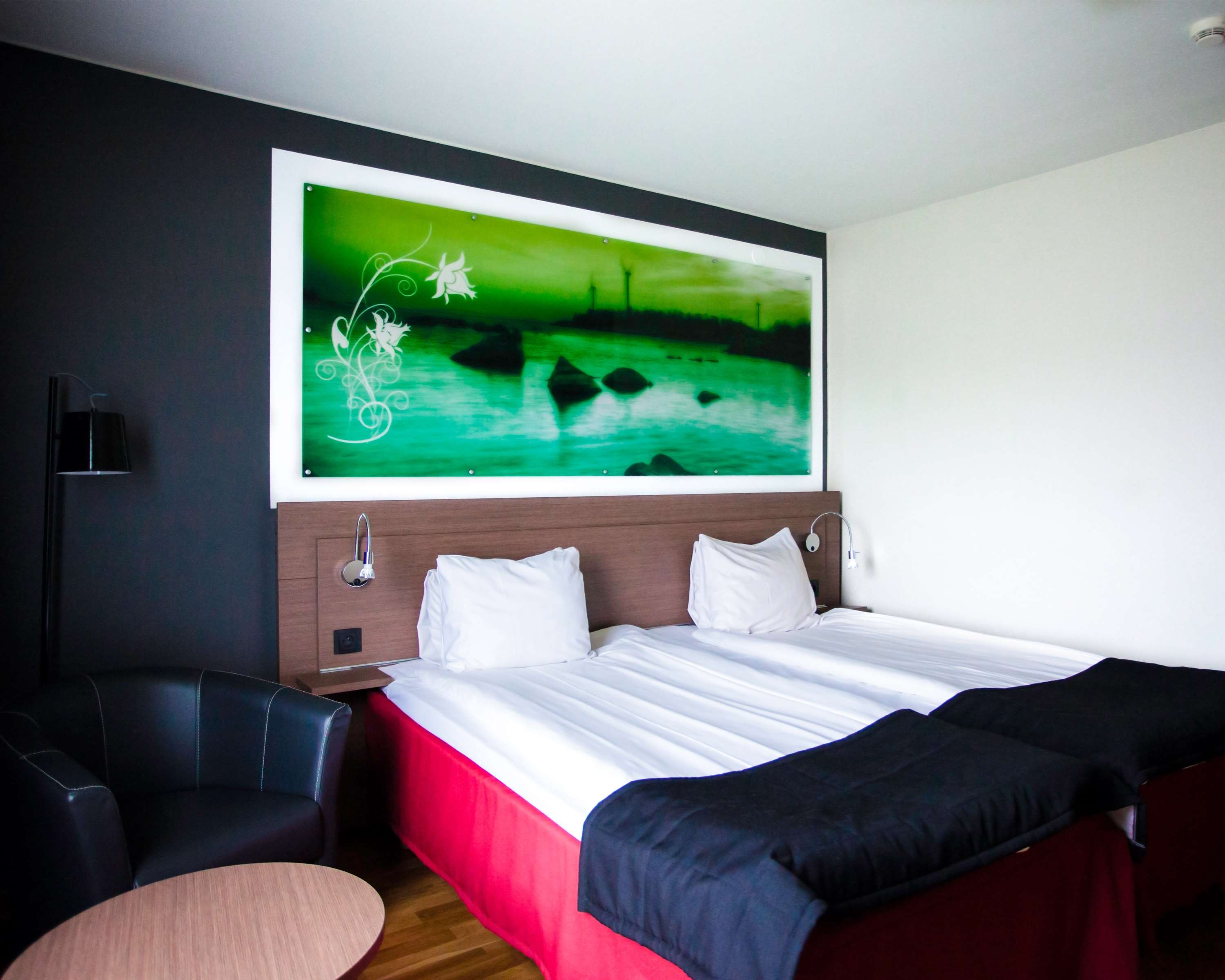 Double Room Bed