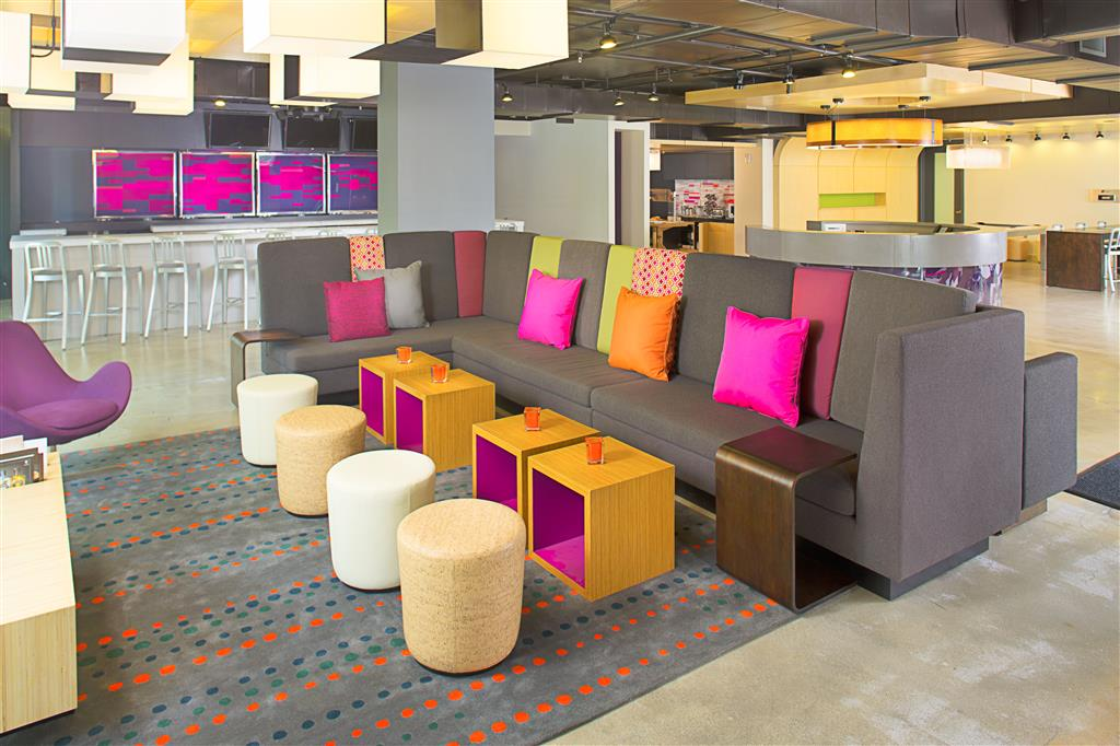 Aloft Miami - Brickell image 8