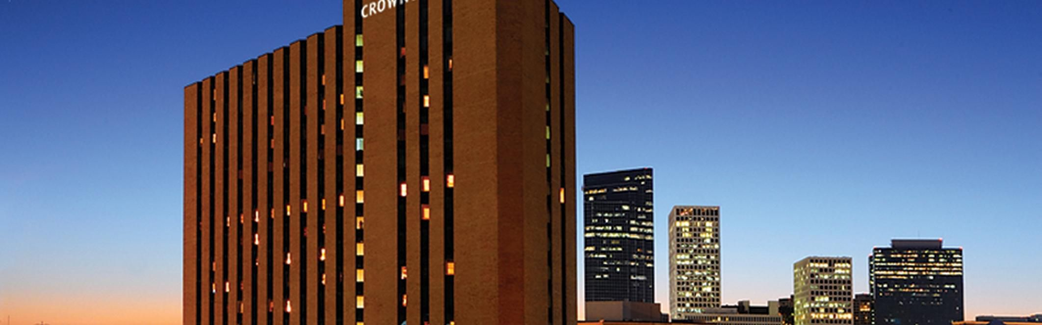 Crowne Plaza Houston River Oaks image 0