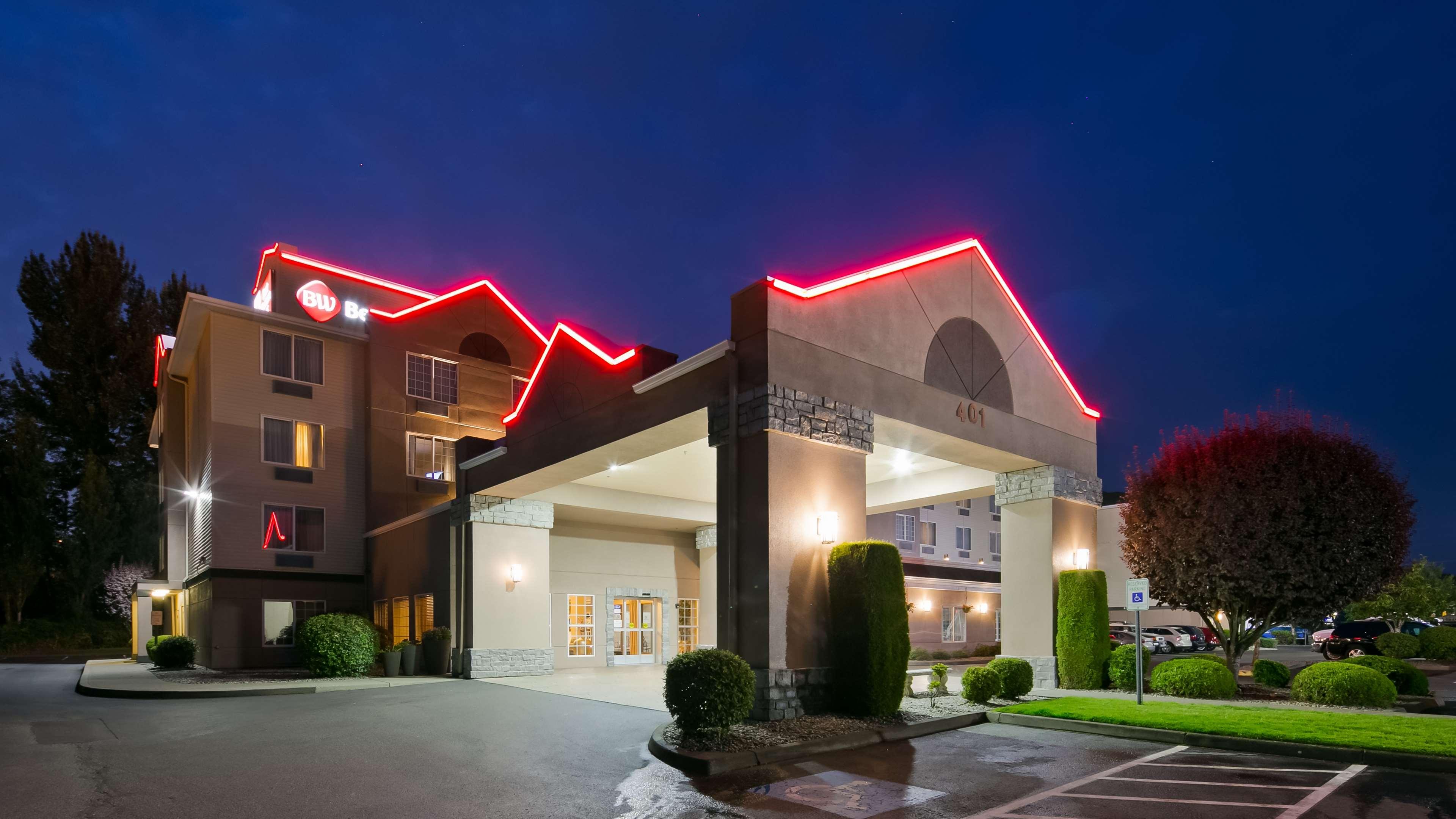 Best Western Plus Mountain View Auburn Inn image 0