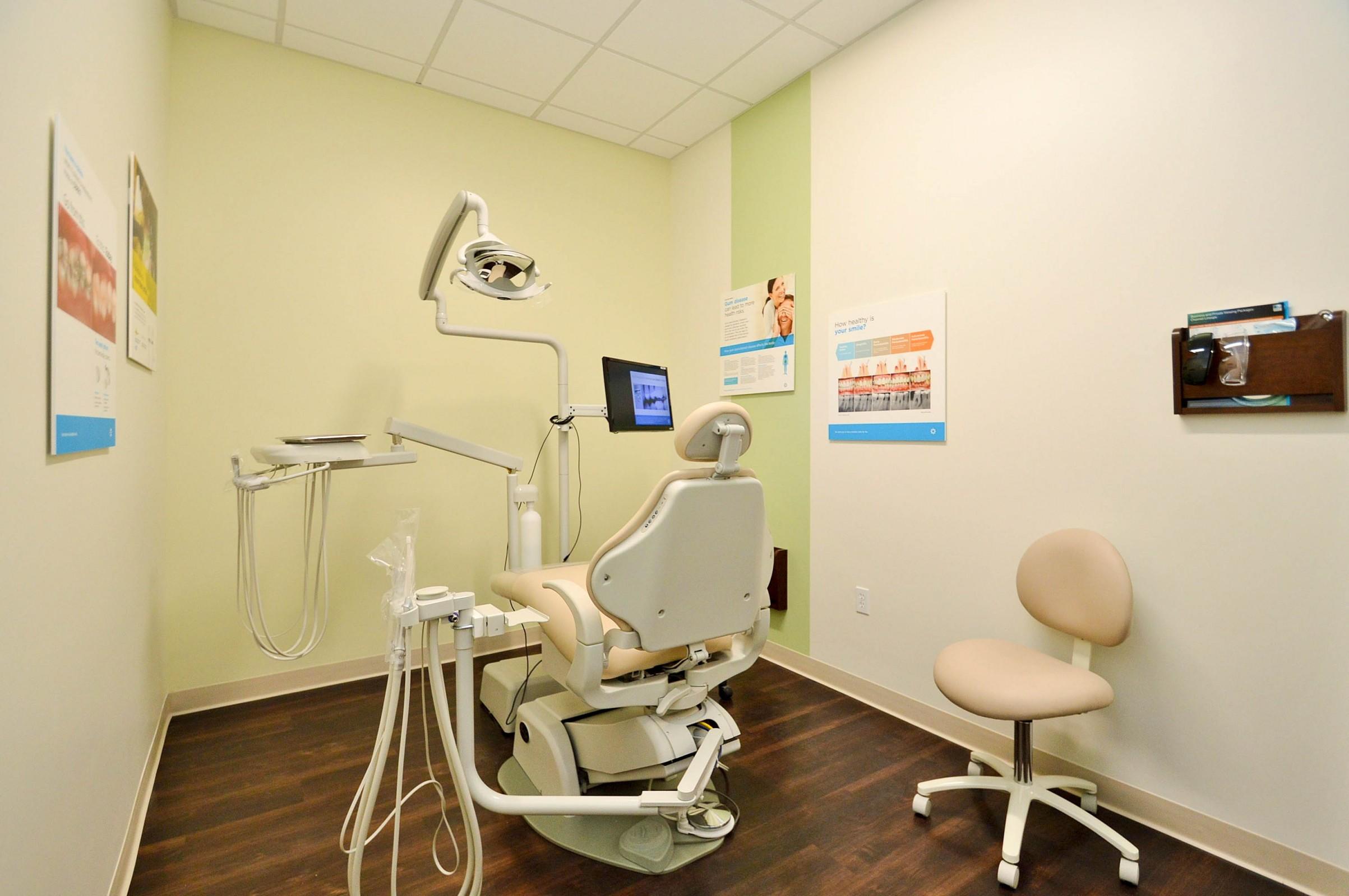 Dentists of El Cerrito Plaza image 11