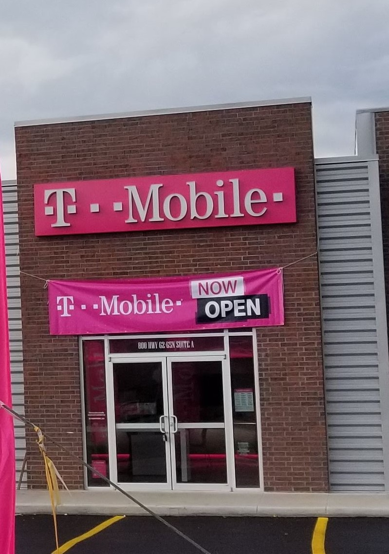 T Mobile Store At 814 Us Hwy 62 65 Harrison Ar T Mobile