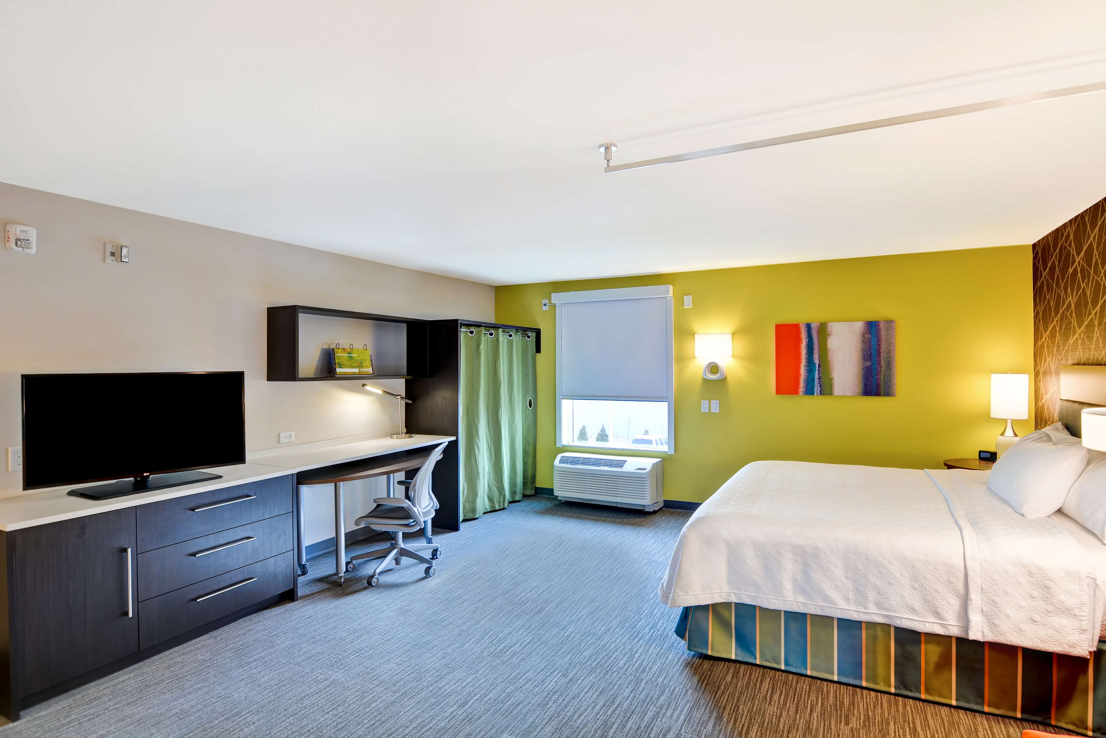 Home2 Suites by Hilton Green Bay image 17