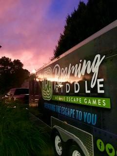 Roaming Riddle Mobile Escape Games LLC image 2