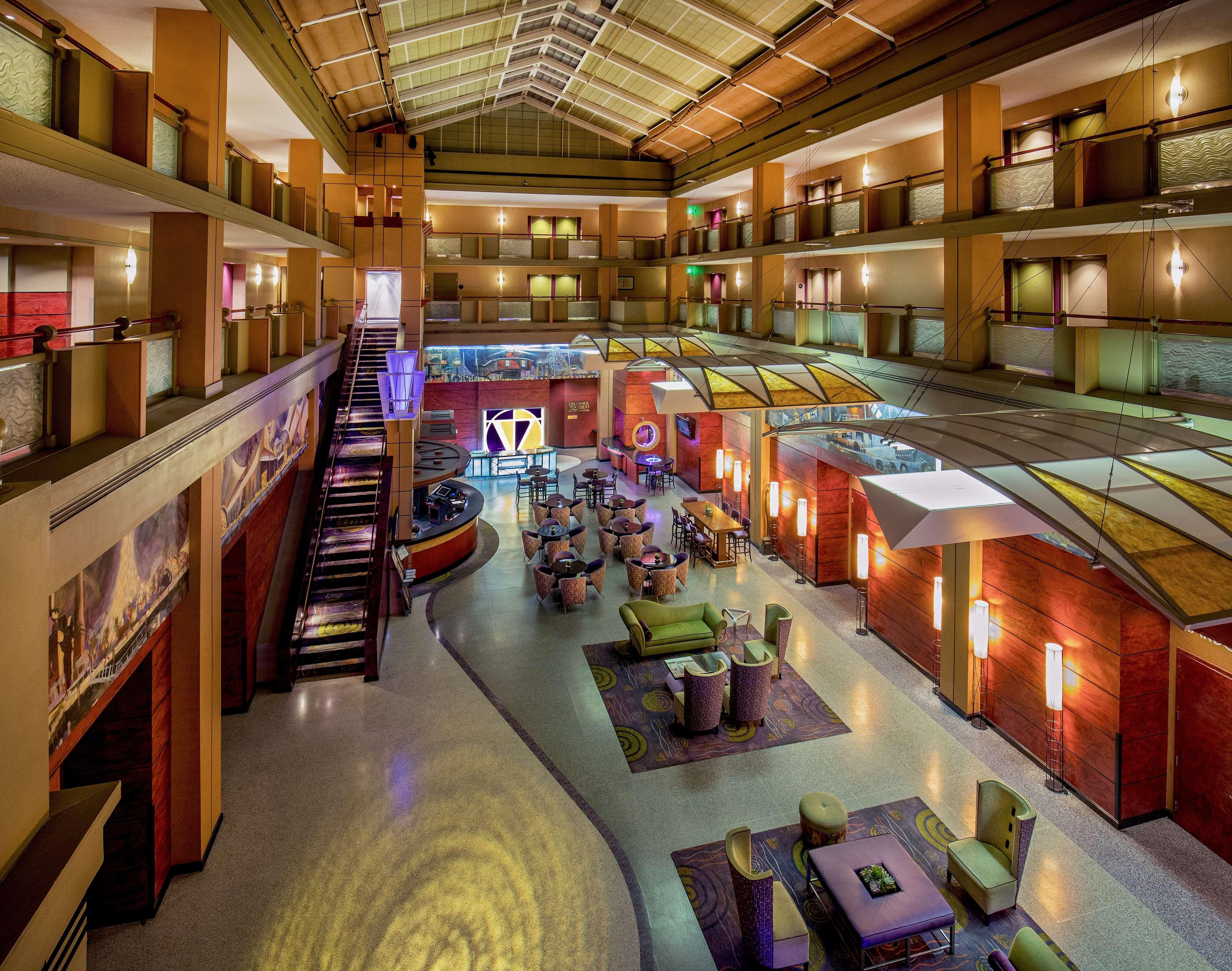 Pier 5 Hotel Baltimore, Curio Collection by Hilton image 3