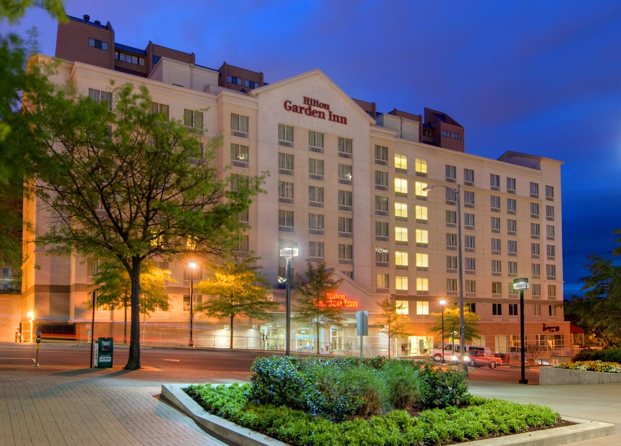 Hilton Garden Inn Arlington Courthouse Plaza in Arlington VA