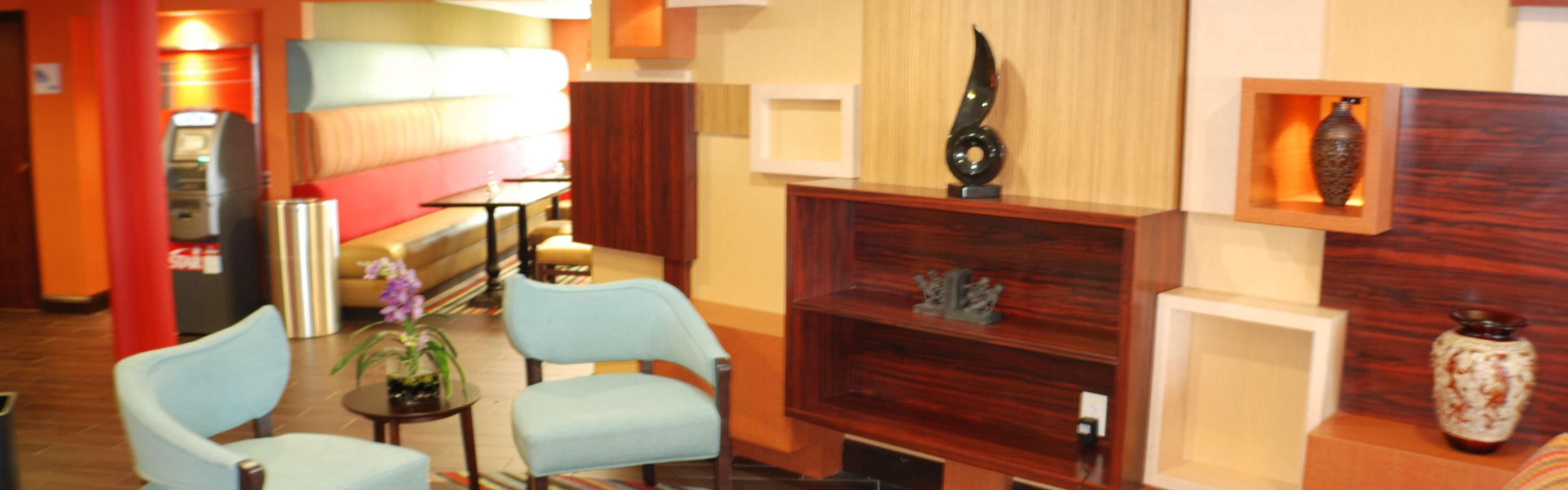 Holiday Inn Express Nashville W I40/Whitebridge Rd image 0