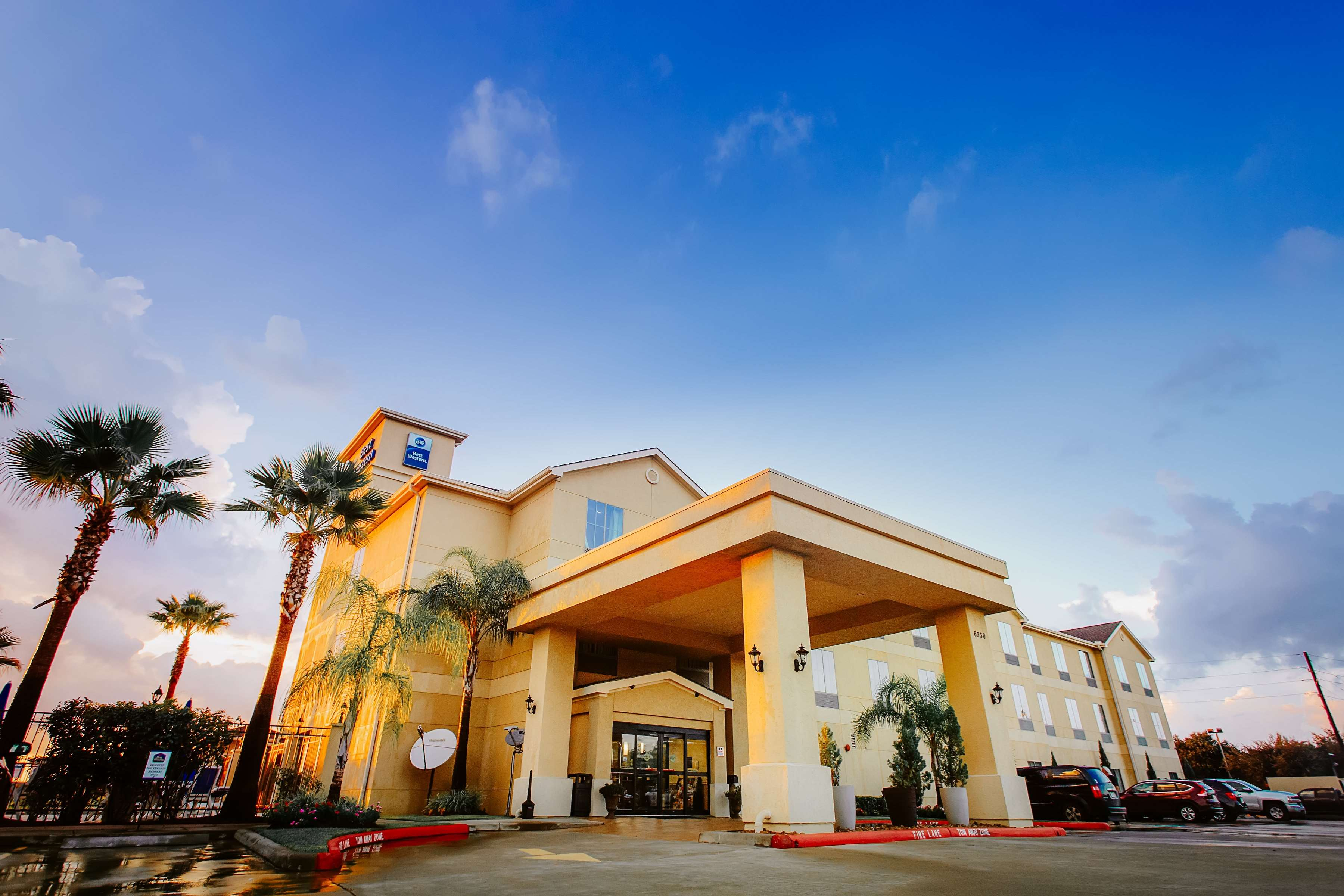 Best Western Sugarland Inn image 9