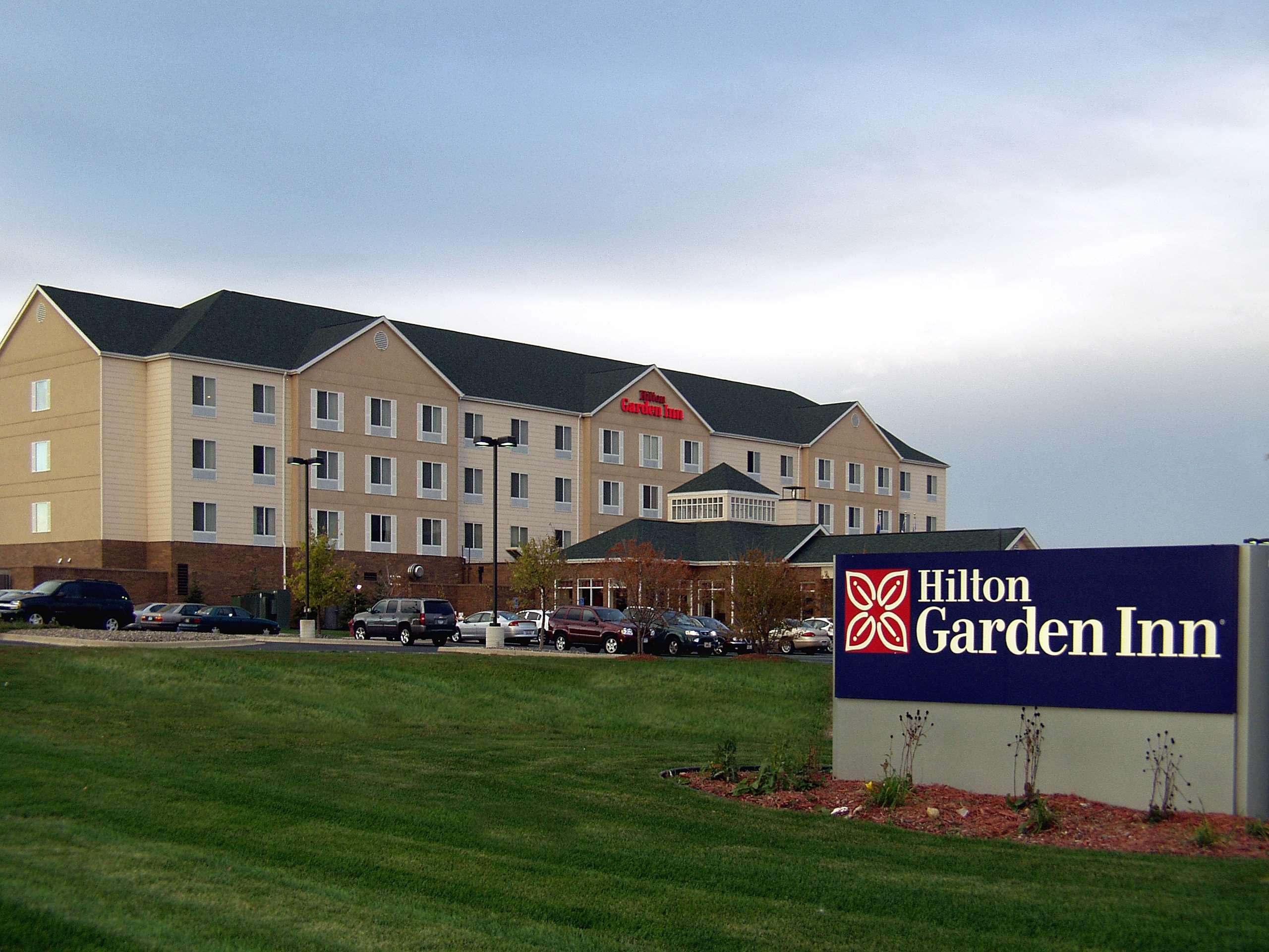 Hilton Garden Inn St. Paul/Oakdale image 0