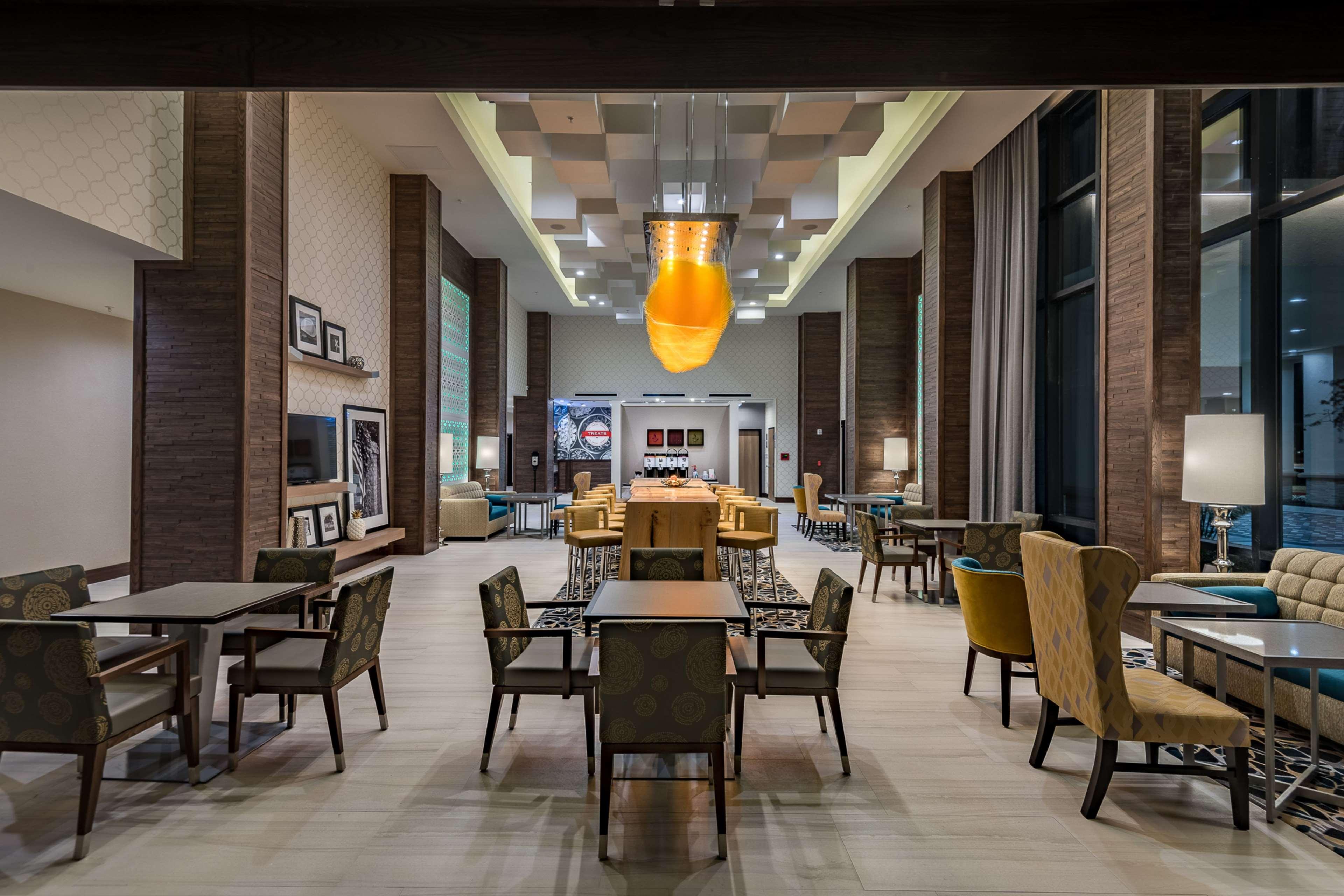 Hampton Inn & Suites Dallas-The Colony, TX image 6