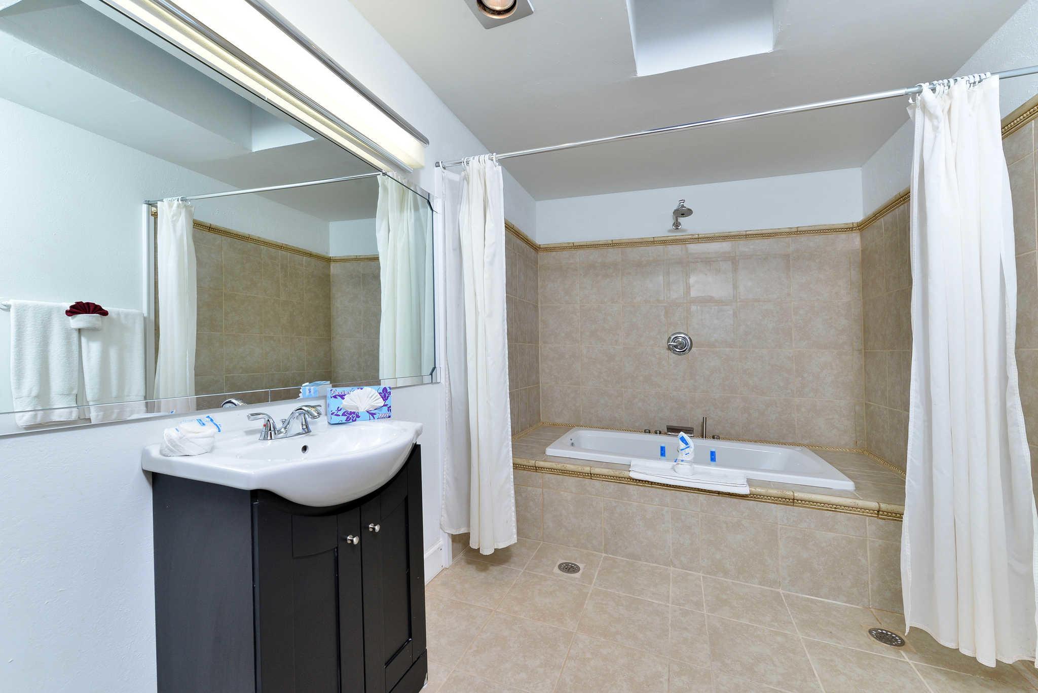 Rodeway Inn & Suites - Closed image 15
