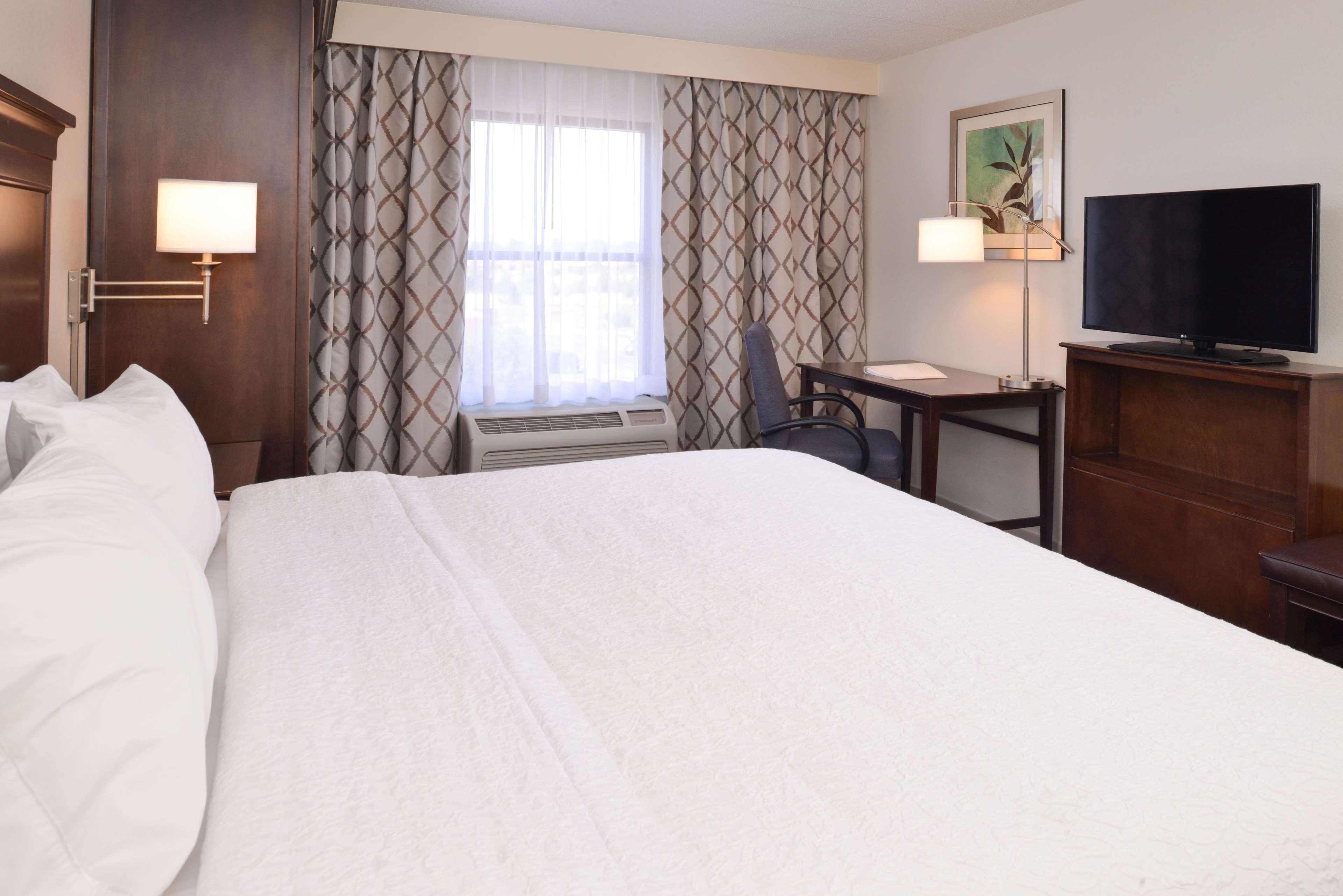 Hampton Inn & Suites Pueblo-Southgate image 31