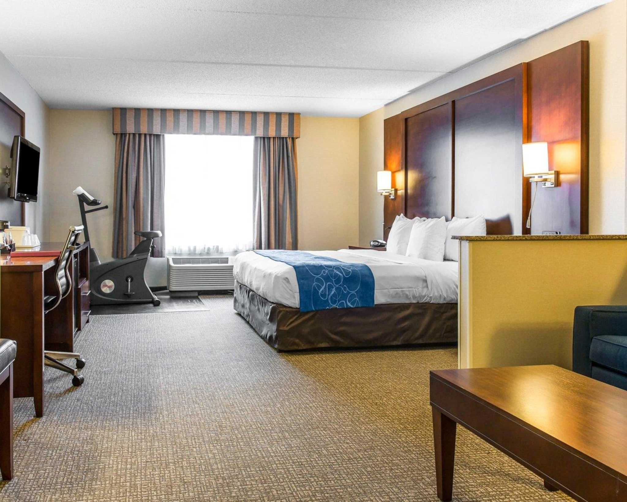 Hotels In Virginia With Hot Tub In Room