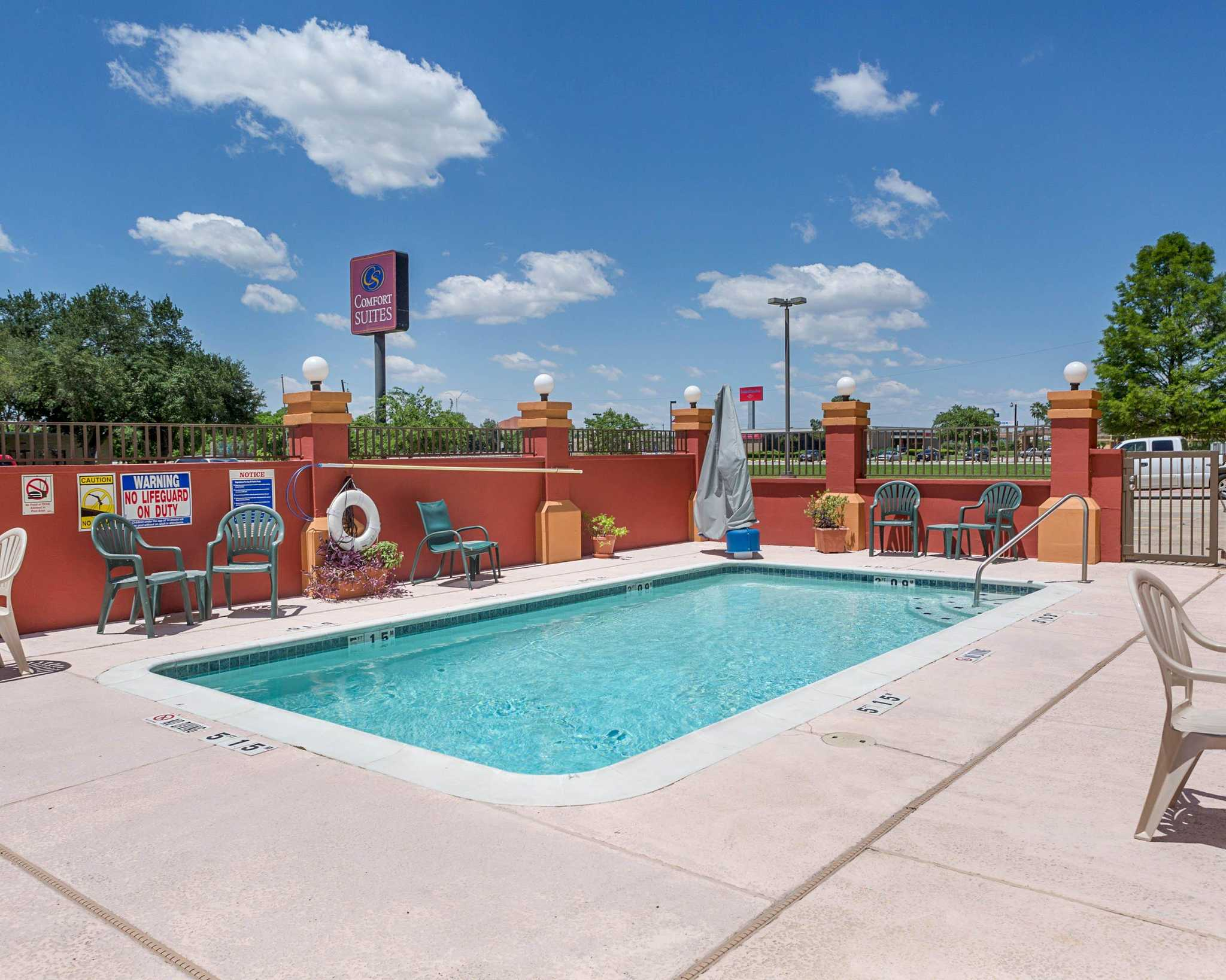 Comfort suites la porte texas tx for Hotels in la porte tx