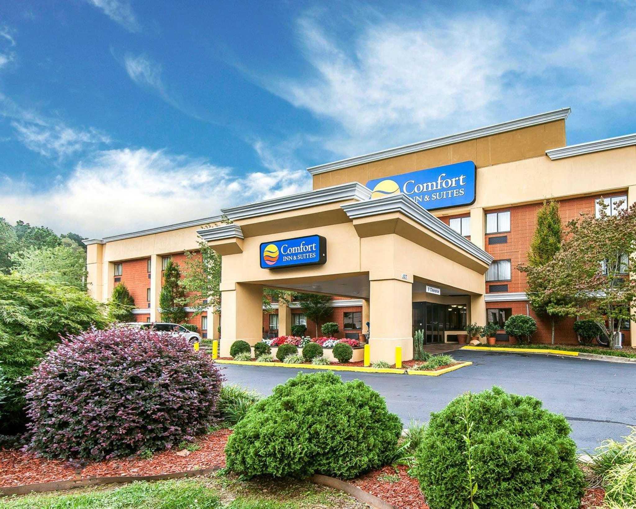 Comfort Inn  U0026 Suites In Cleveland  Tn 37312