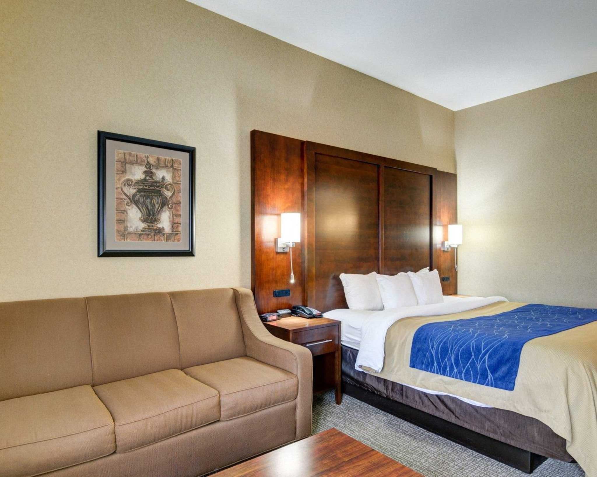 Comfort Inn And Suites Conway Ar.Comfort Inn Suites In Conway AR ...