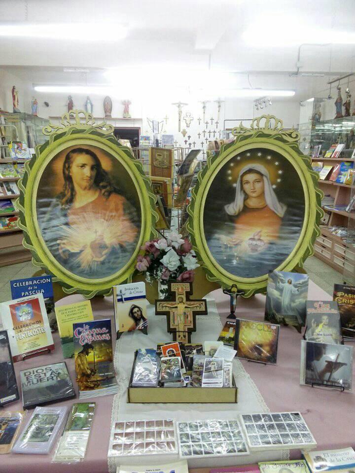 LIBRERIA Y ARTICULOS RELIGIOSOS PENTECOSTES