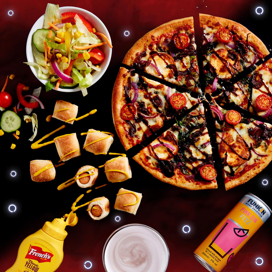 Christmas Meal Deal at Pizza Hut Restaurants - 2 Courses, a Drink and Salad from £14.99. Pizza Hut Restaurants London 020 7925 2457