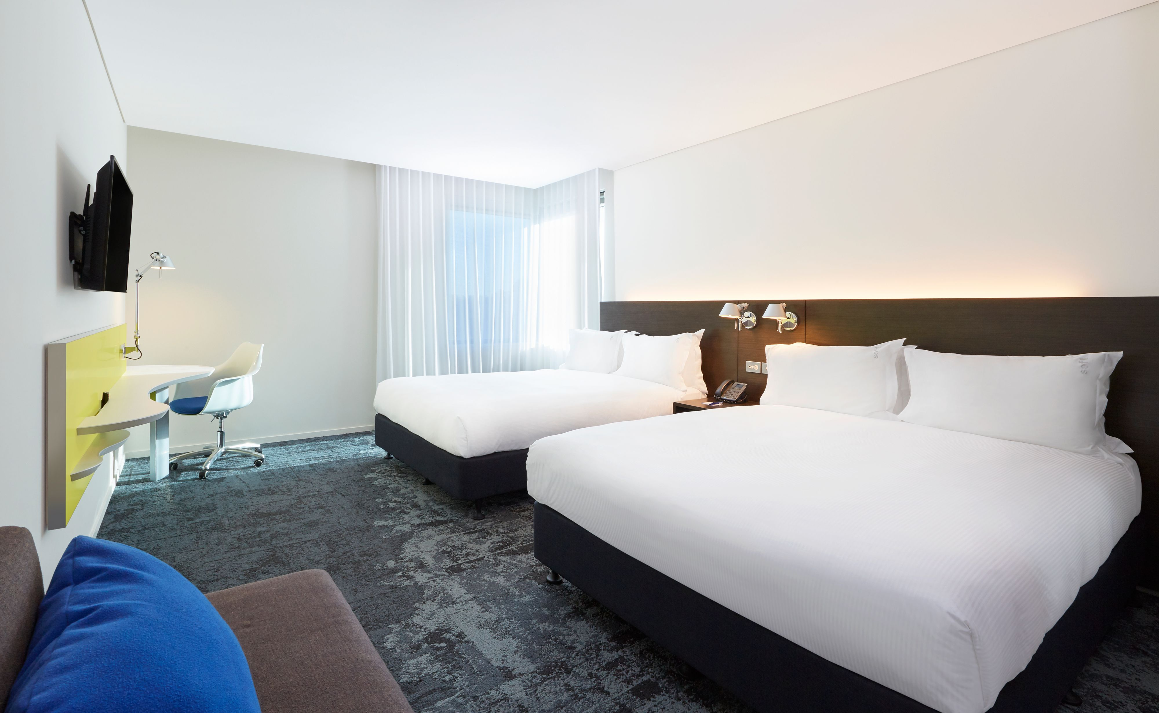 Holiday Inn Express & Suites Queenstown