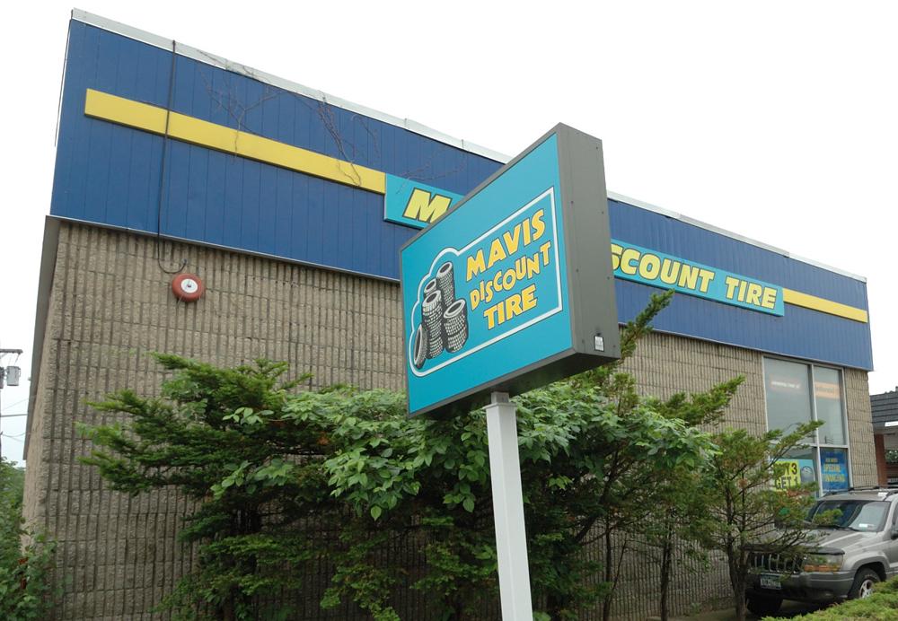 Mavis discount tire rockville centre new york ny for Mercedes benz service rockville centre ny
