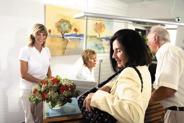 Praxis für Zahnheilkunde Dr. Arnd Lohmann, MSc & Nadine Lohmann