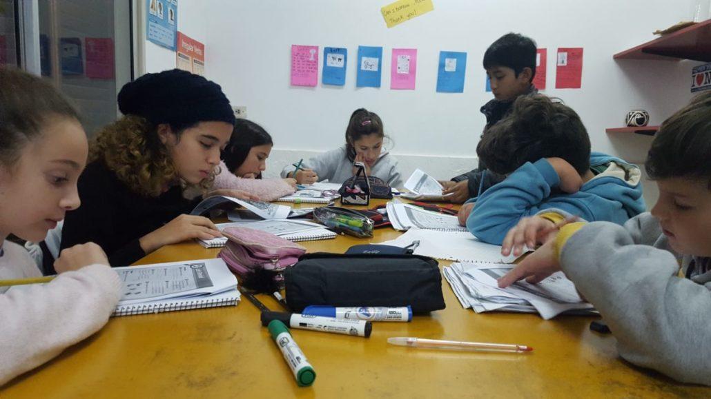 PROGRESS ENGLISH Y EDUCATION FIRST