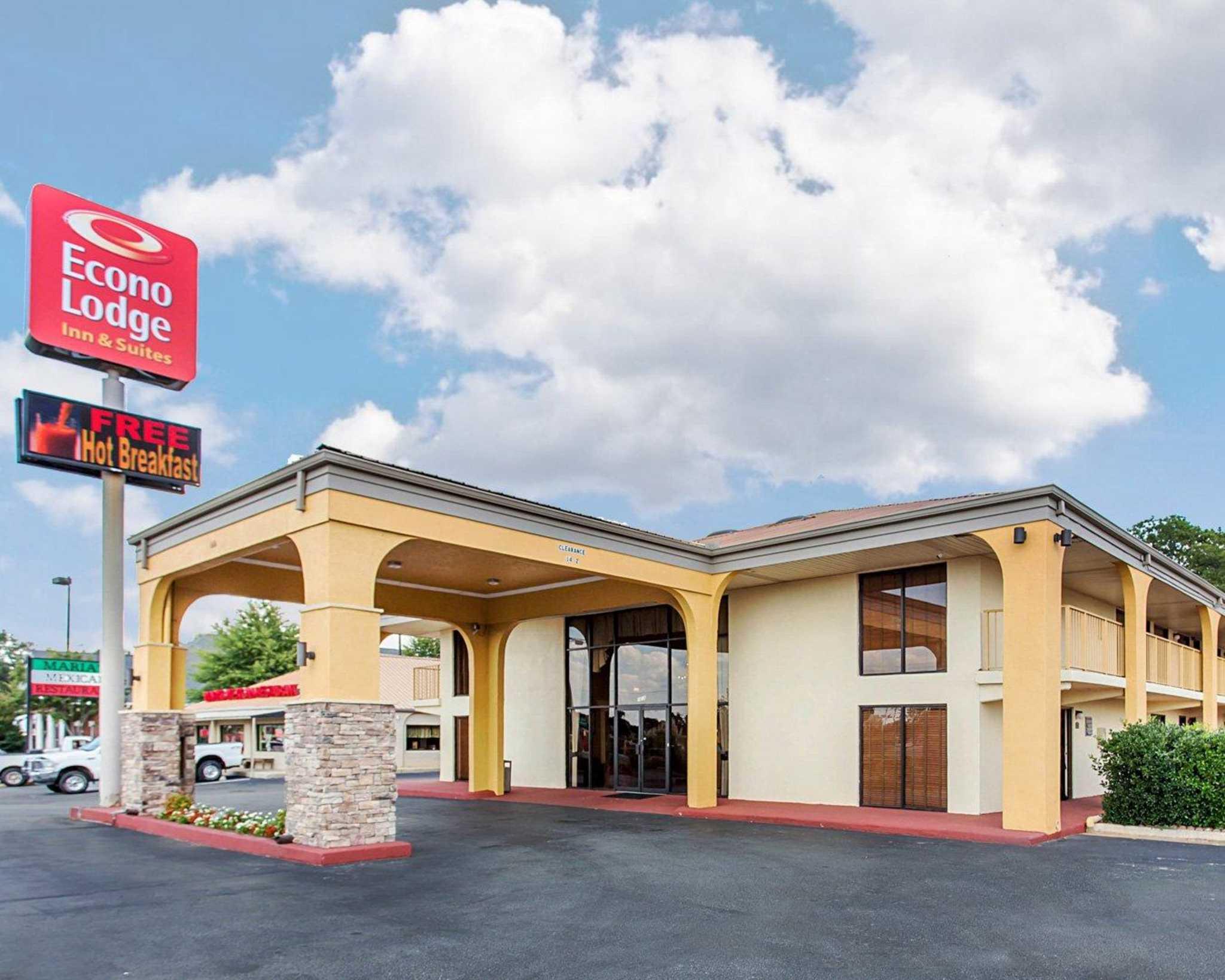 Econo Lodge Inn  U0026 Suites  Griffin Georgia  Ga