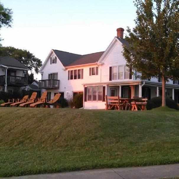 Moonlight Bay Inn & Marina, Inc.