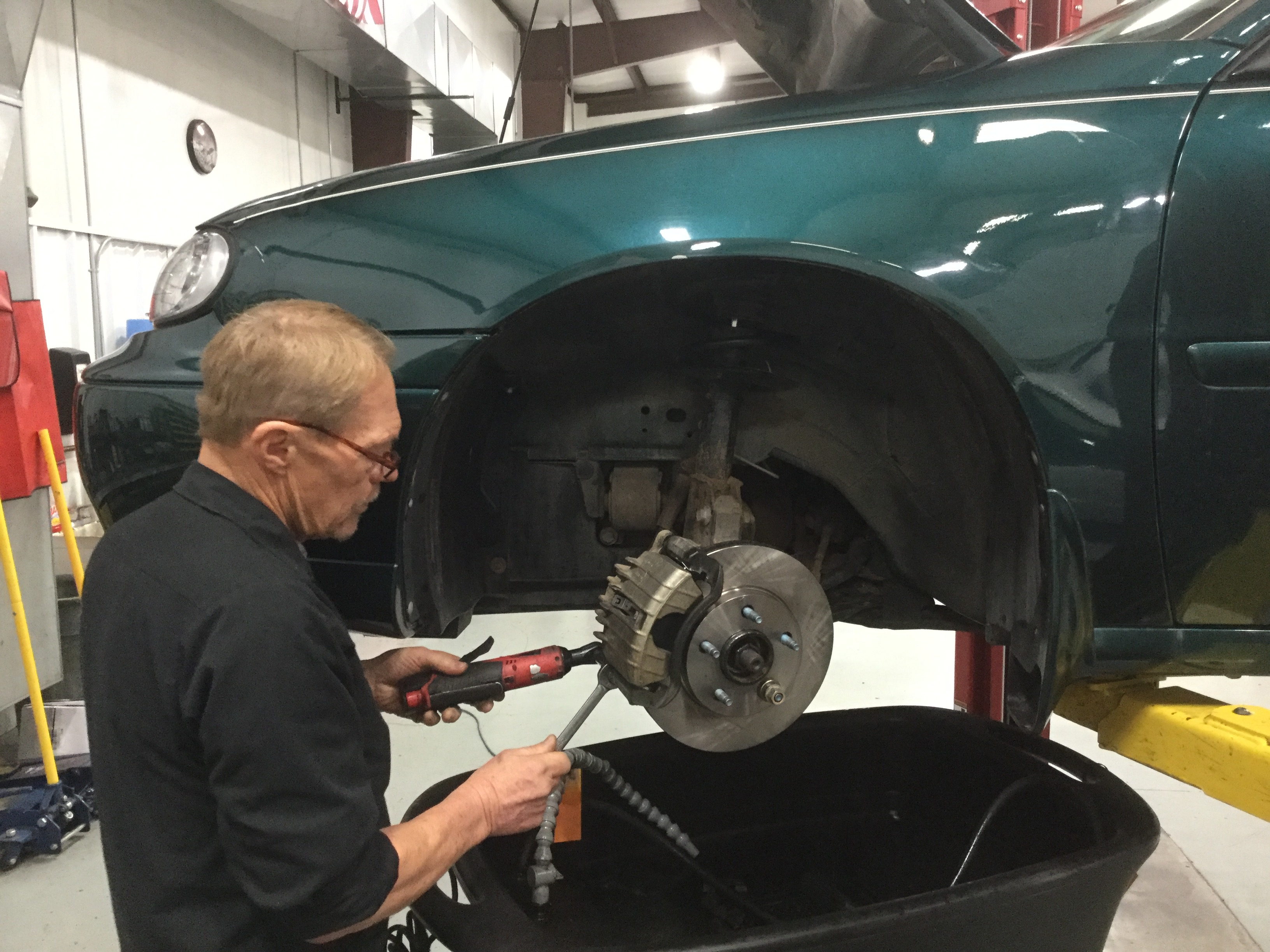 Pollution Emissions Test- Your motor vehicle produces multiple emissions which can contribute to air pollution. In a sprawling city such as Albuquerque this contributes to smog. In a sprawling city such as Albuquerque this contributes to smog.
