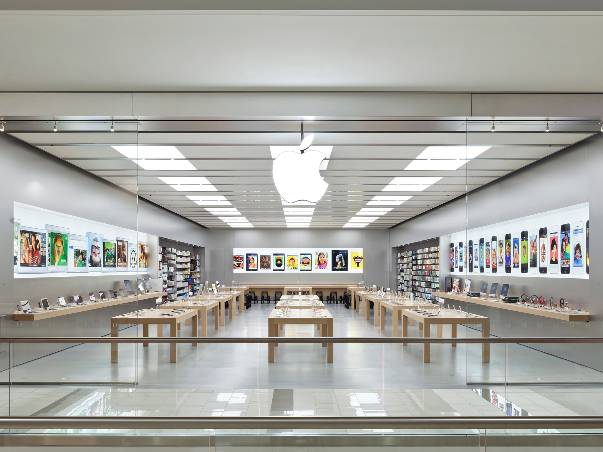 Apple Guildford Town Centre