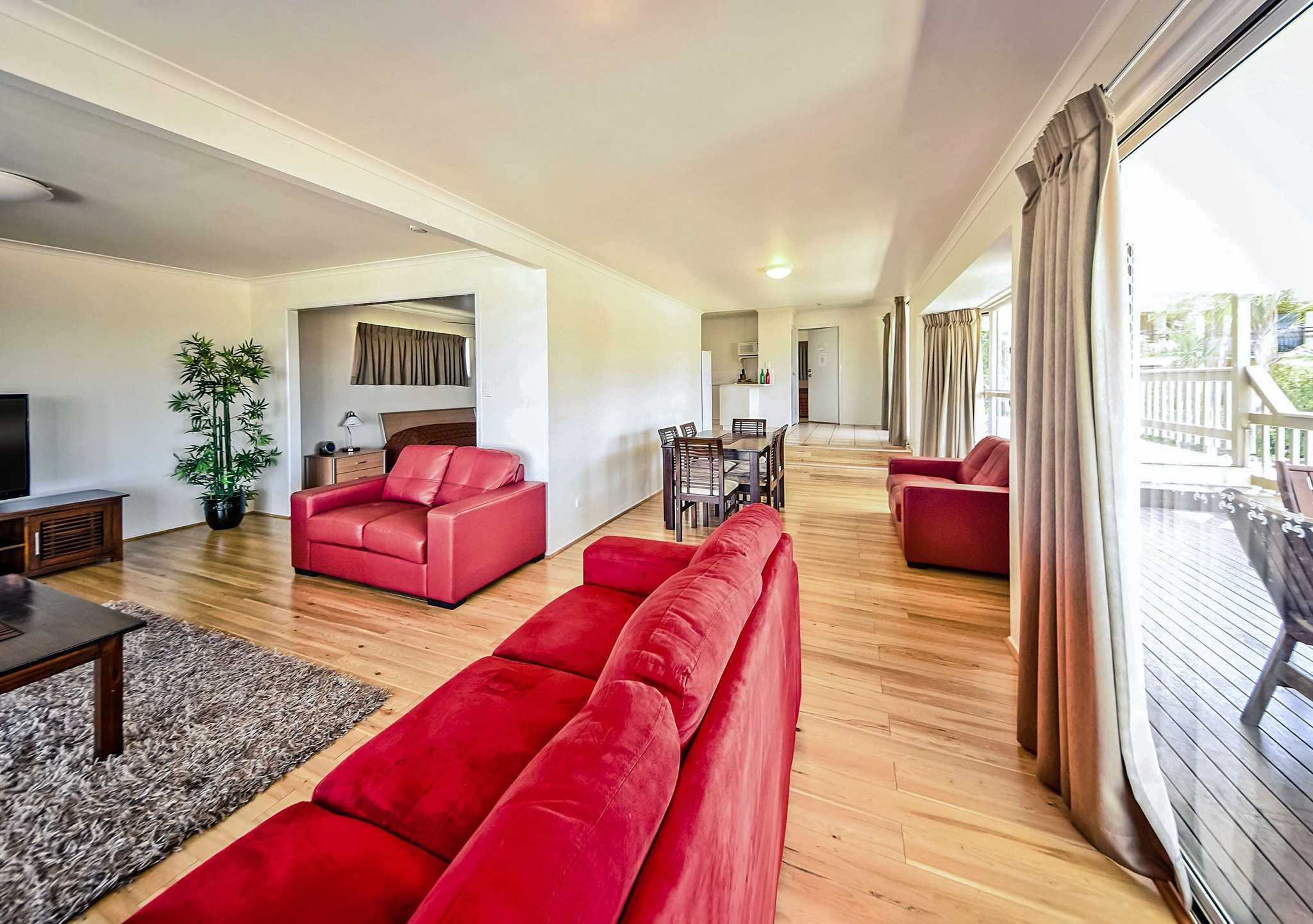 Econo Lodge Rusty's Gladstone (07) 4843 7900