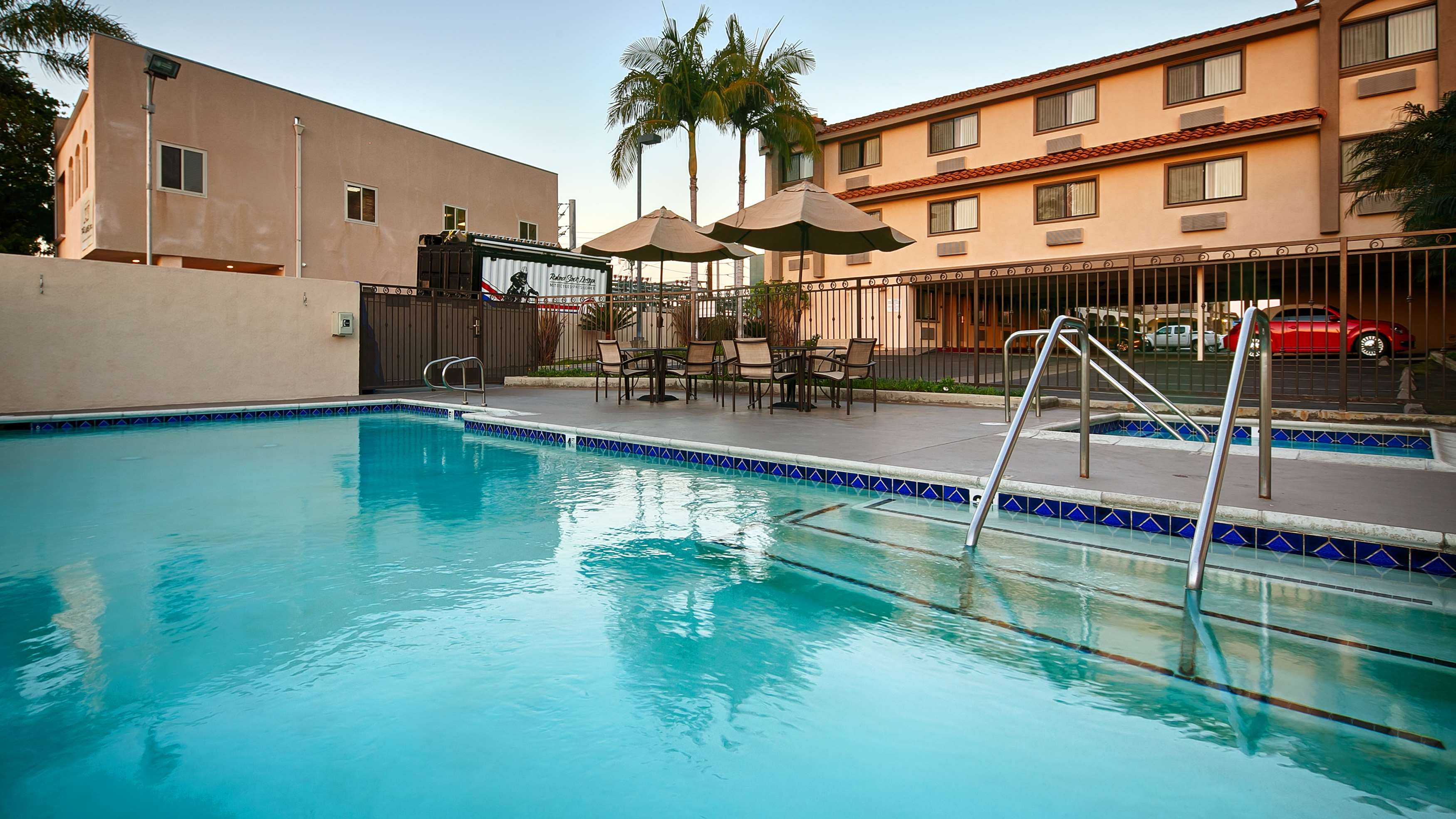 Los Alamitos Hotels Motels