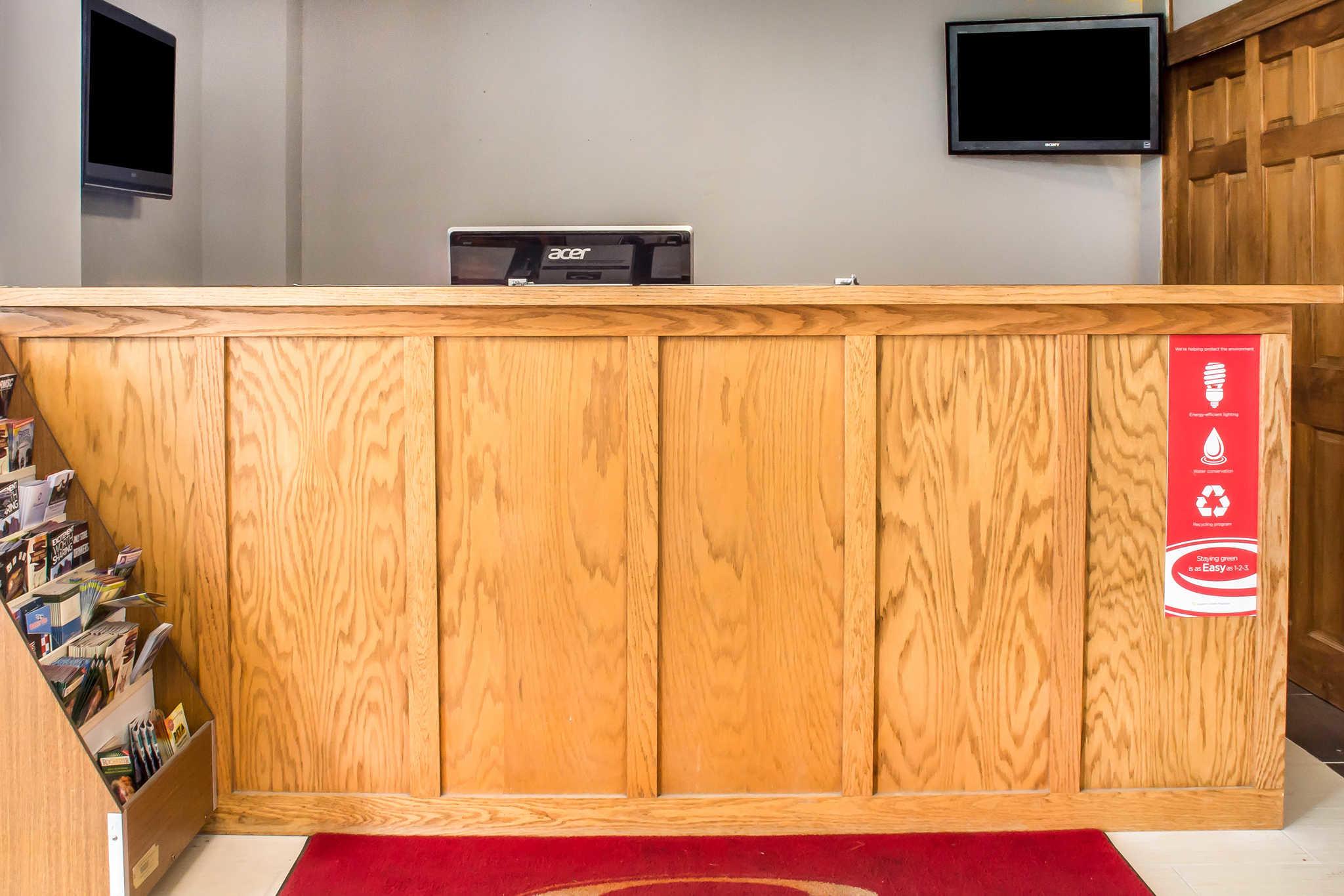 Econo Lodge In Brockport Ny 14420 Chamberofcommerce Com