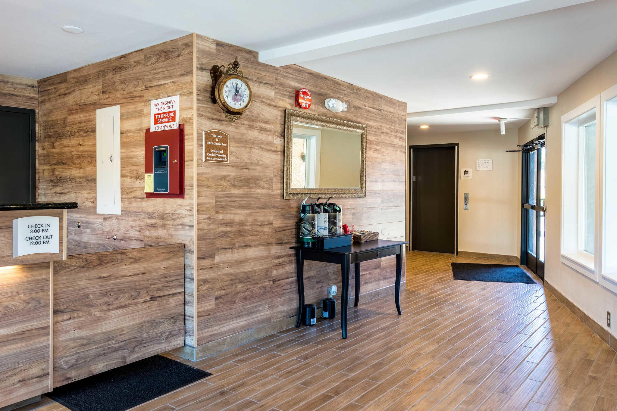 quality inn aloha beaverton aloha oregon or. Black Bedroom Furniture Sets. Home Design Ideas