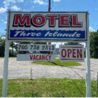 Three Islands Motel