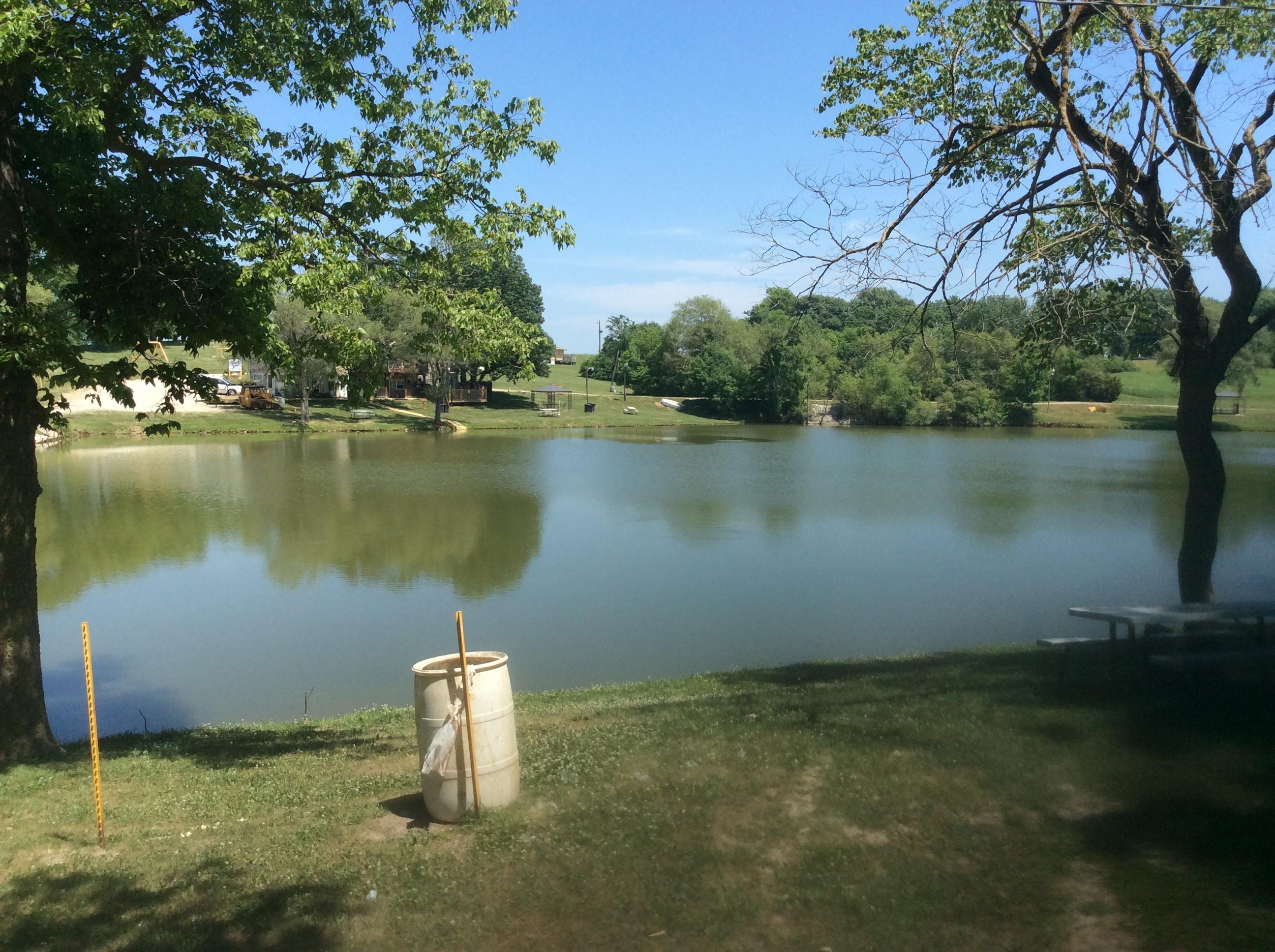 Bob 39 s fishing lake camp grounds in savannah mo 64485 for Fish lake camping