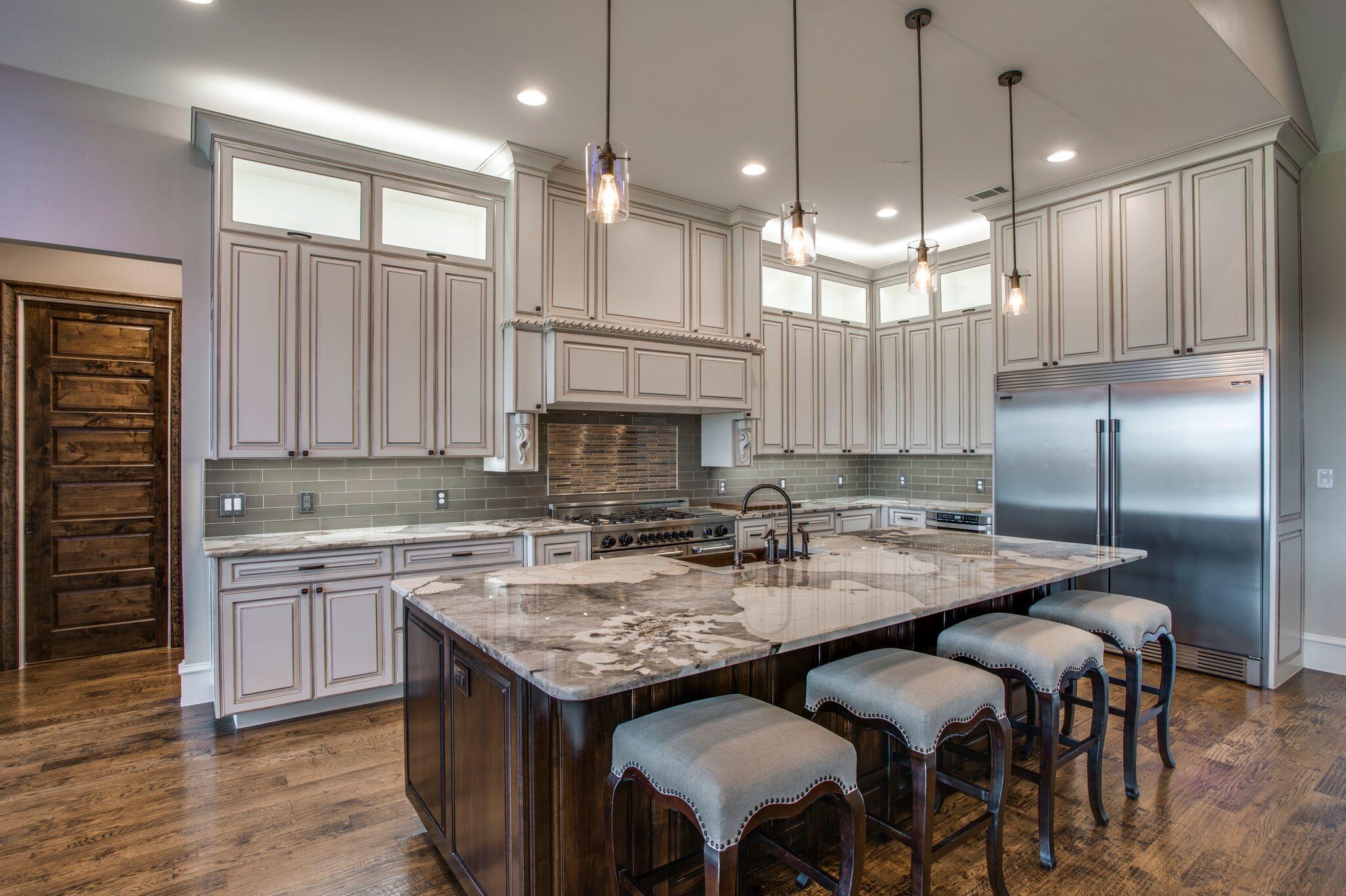 Sovereign custom homes general contracting mckinney for Bathroom remodel mckinney