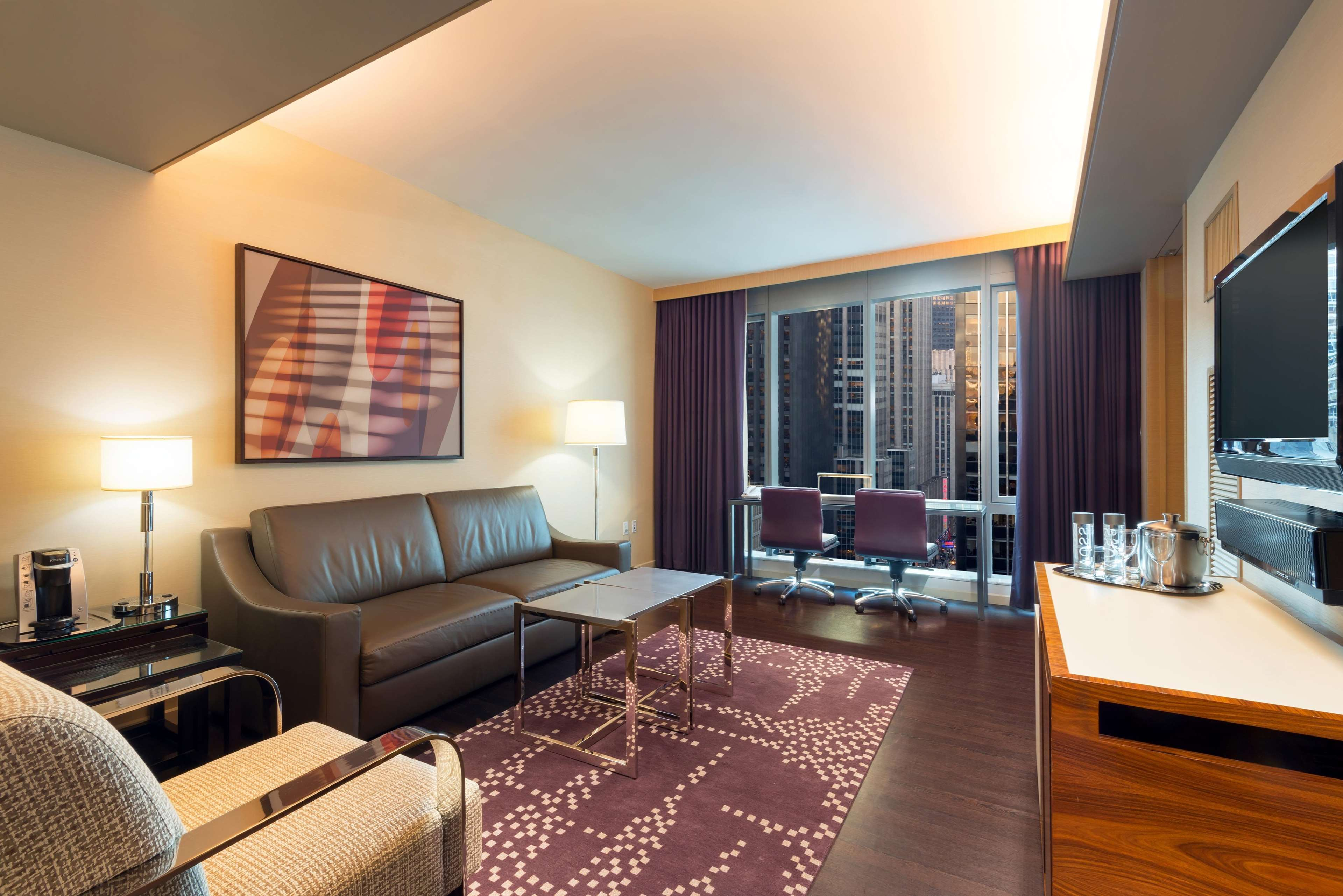 Chamber Hotels On Th New York