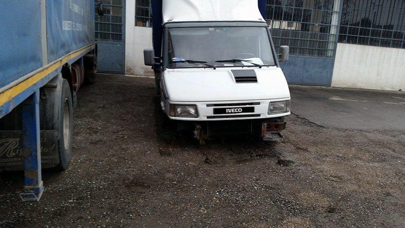 Officina chierichetti leopoldo meccanici per auto for Mobili 4 olgiate olona