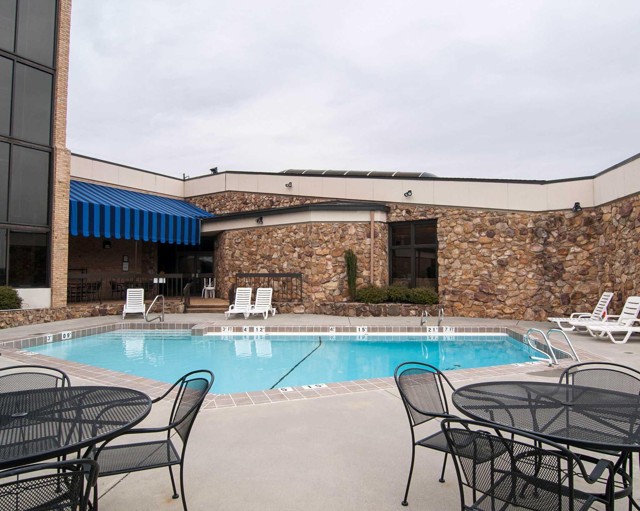 Comfort Inn Amp Suites Danville Virginia Va