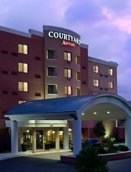 Courtyard by Marriott Cincinnati North at Union Centre image 0