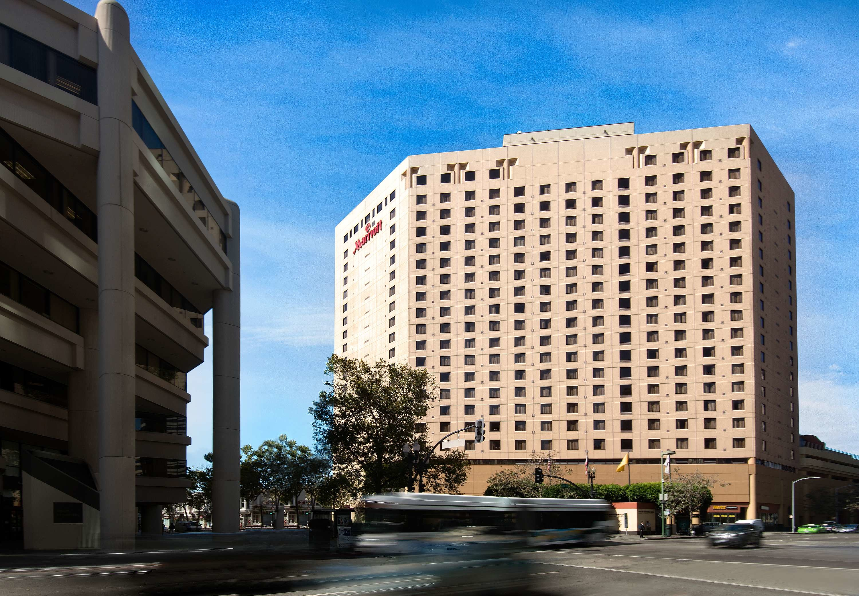 Https Www Marriott Com Hotels Travel Oakdt Oakland Marriott City Center