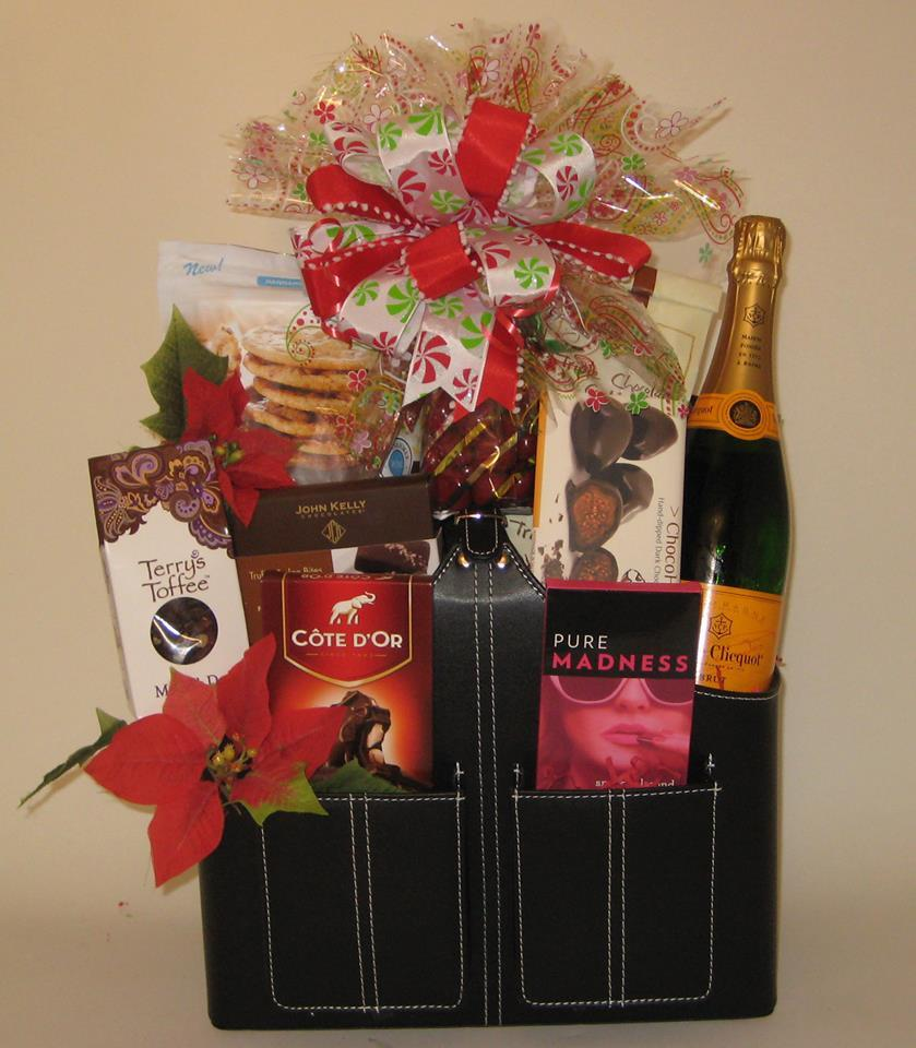 wine gift baskets Hyde Park Gourmet Food & Wine Cincinnati (513)533-4329