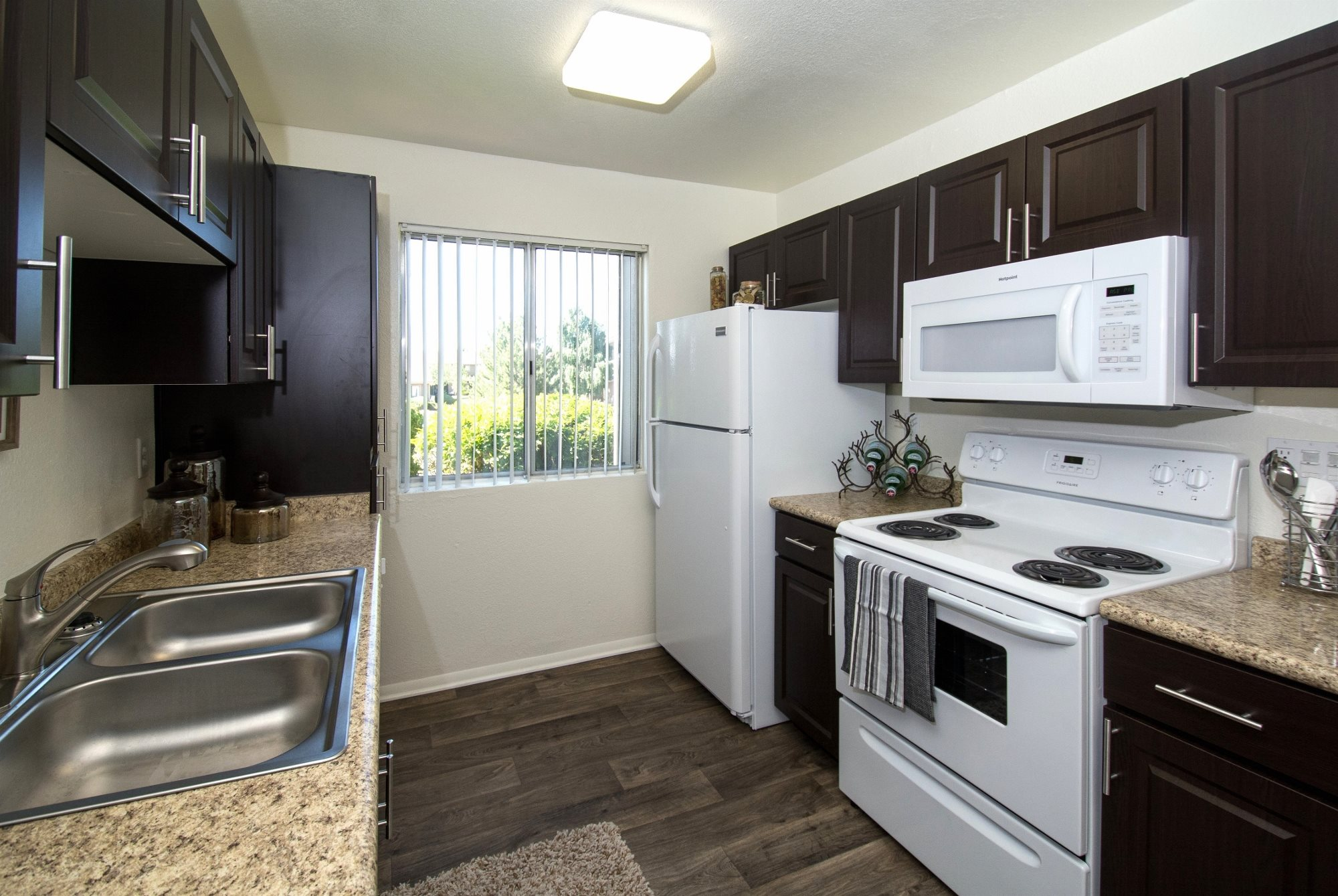 Country Club Terrace Apartments In Flagstaff Az 86004