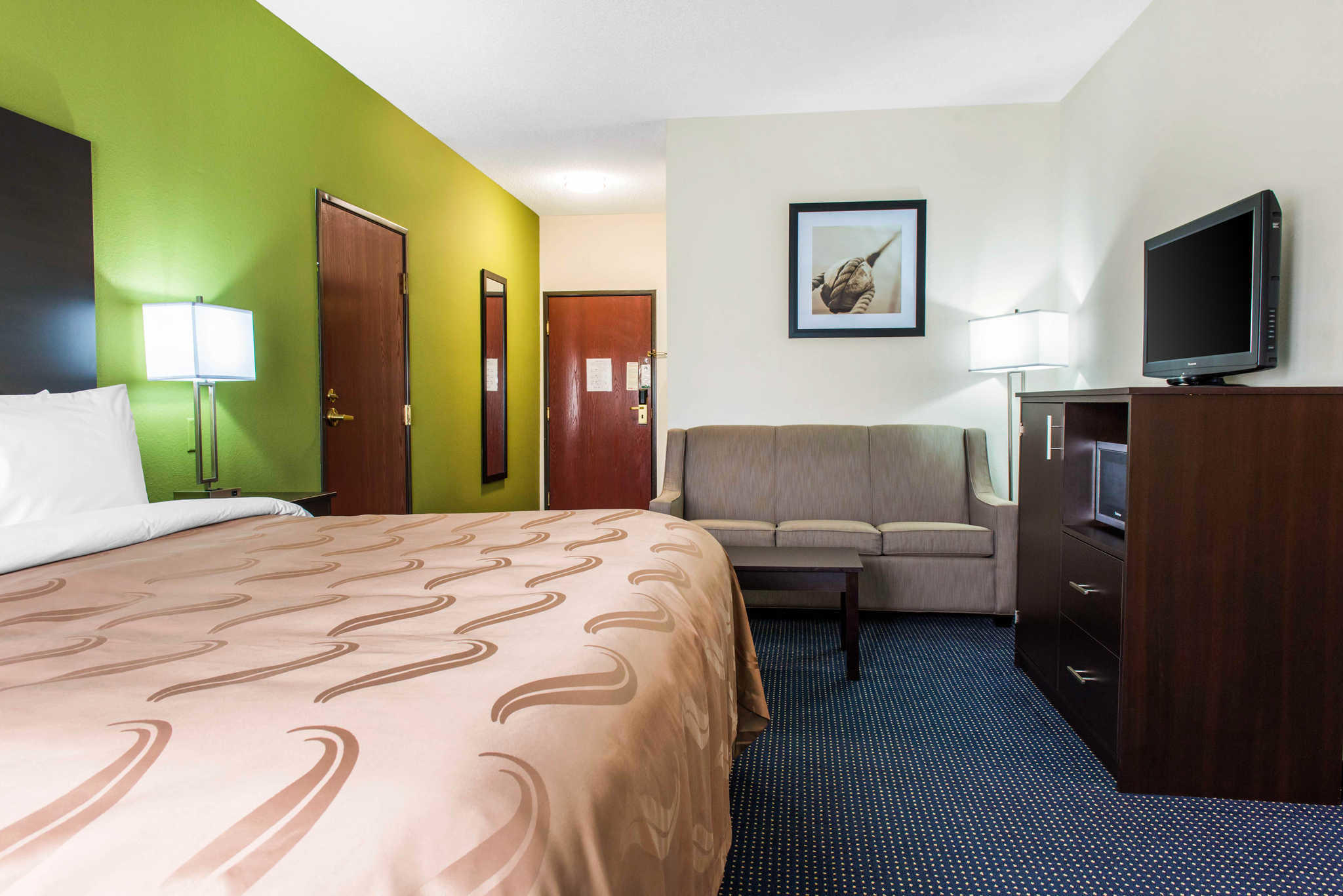 Quality Inn  U0026 Suites  Anderson Indiana  In