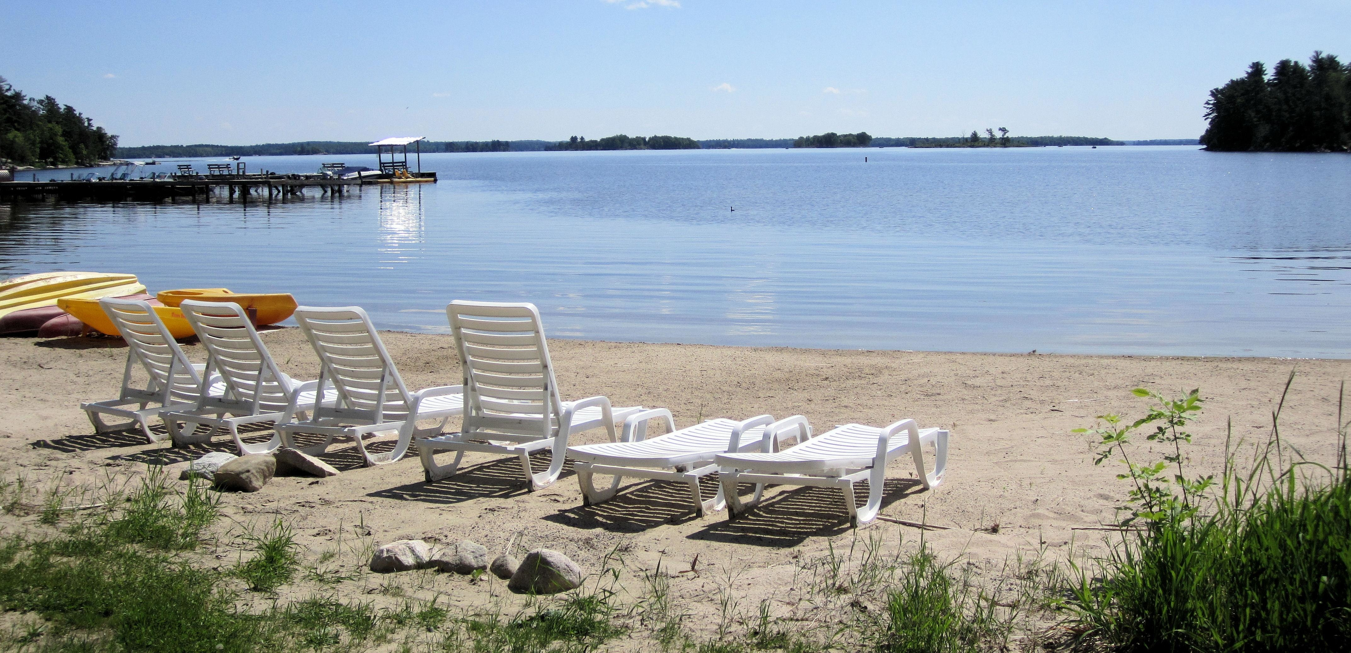 Moosehorn resort 10434 waltz rd kabetogama mn chalet for Wisconsin fishing resorts with boat rentals